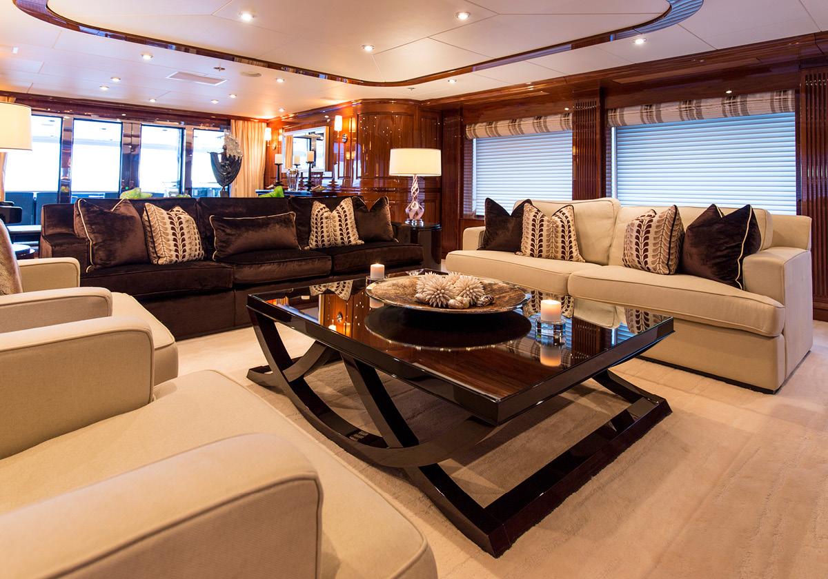 162'-Christensen-REMEMBERWHEN-Yacht-Photo-16.jpg