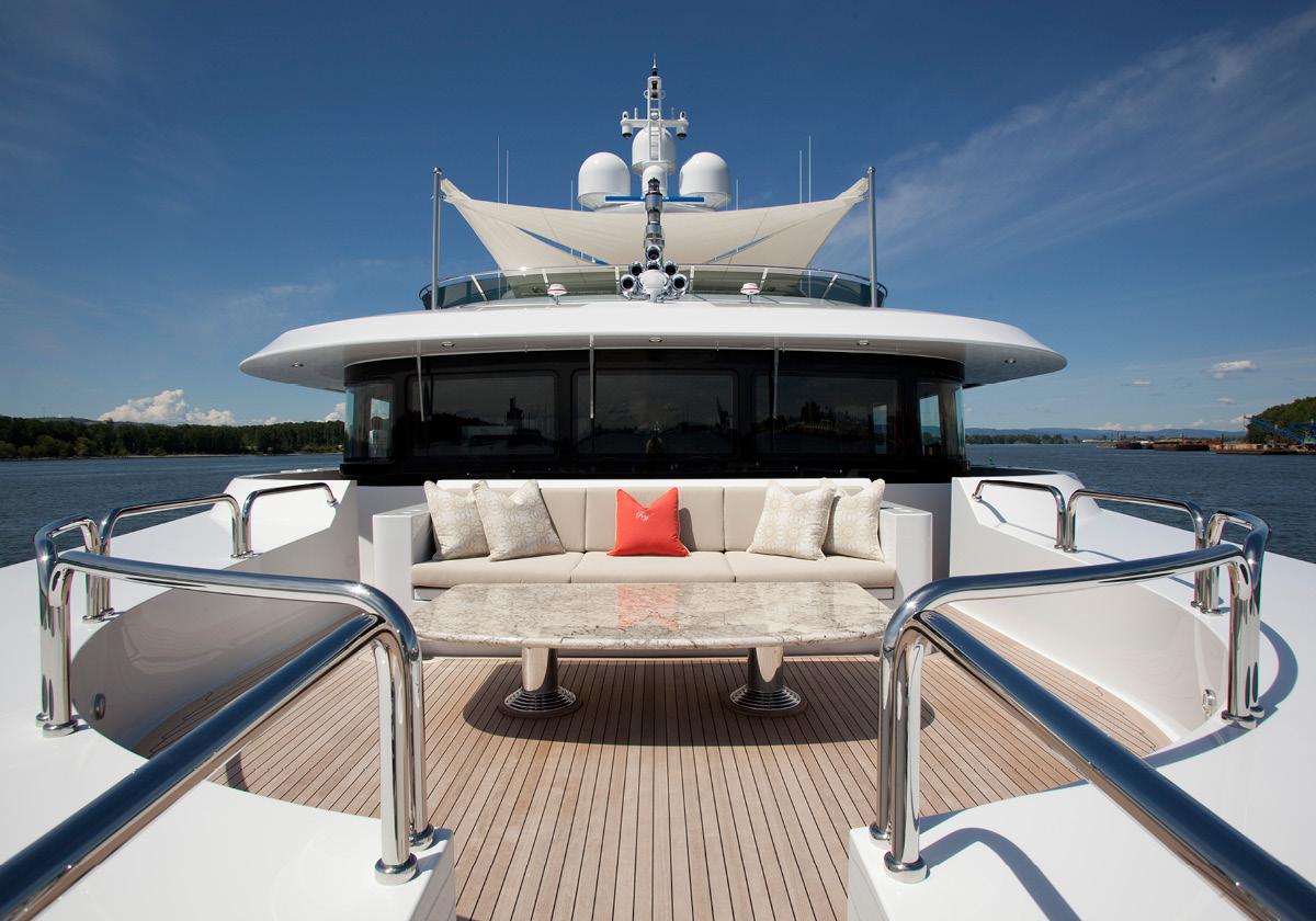 162'-Christensen-REMEMBERWHEN-Yacht-Photo-26.jpg