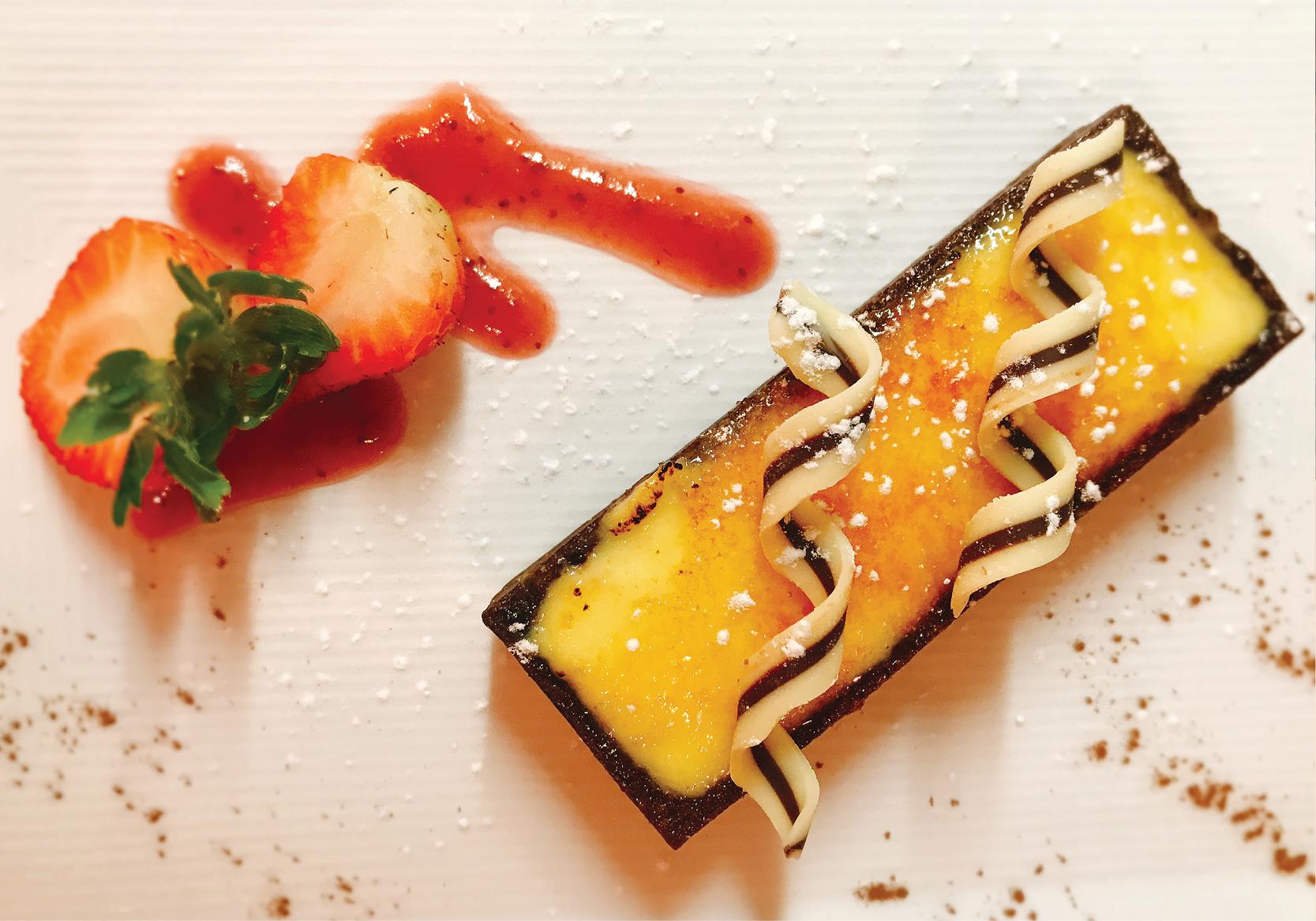 Individual Citrus Tart with Strawberries