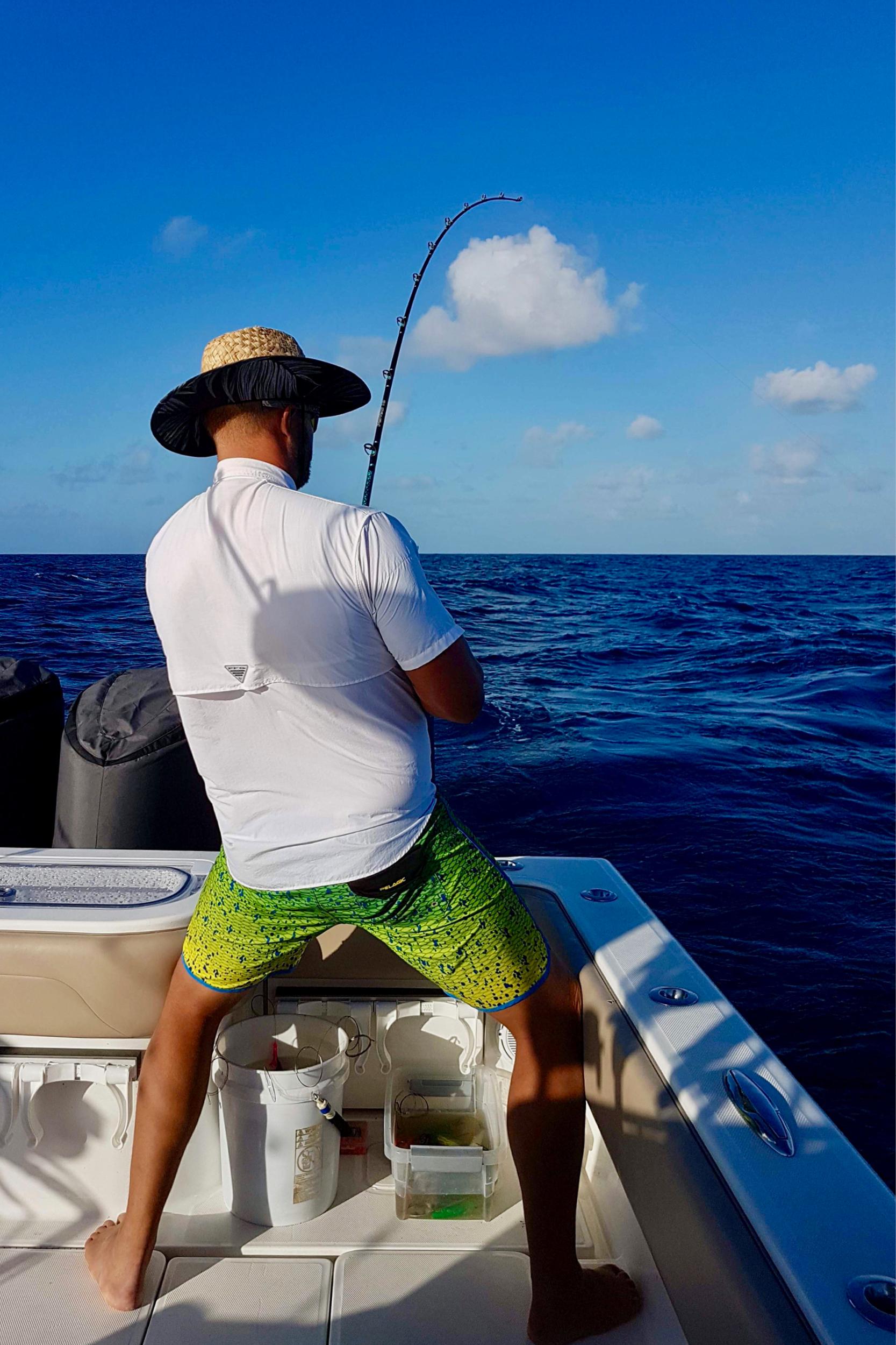 Fishing-Luxury-Yacht-Charter-Bahamas-Caribbean3.jpg