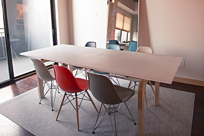 Z DINING TABLE