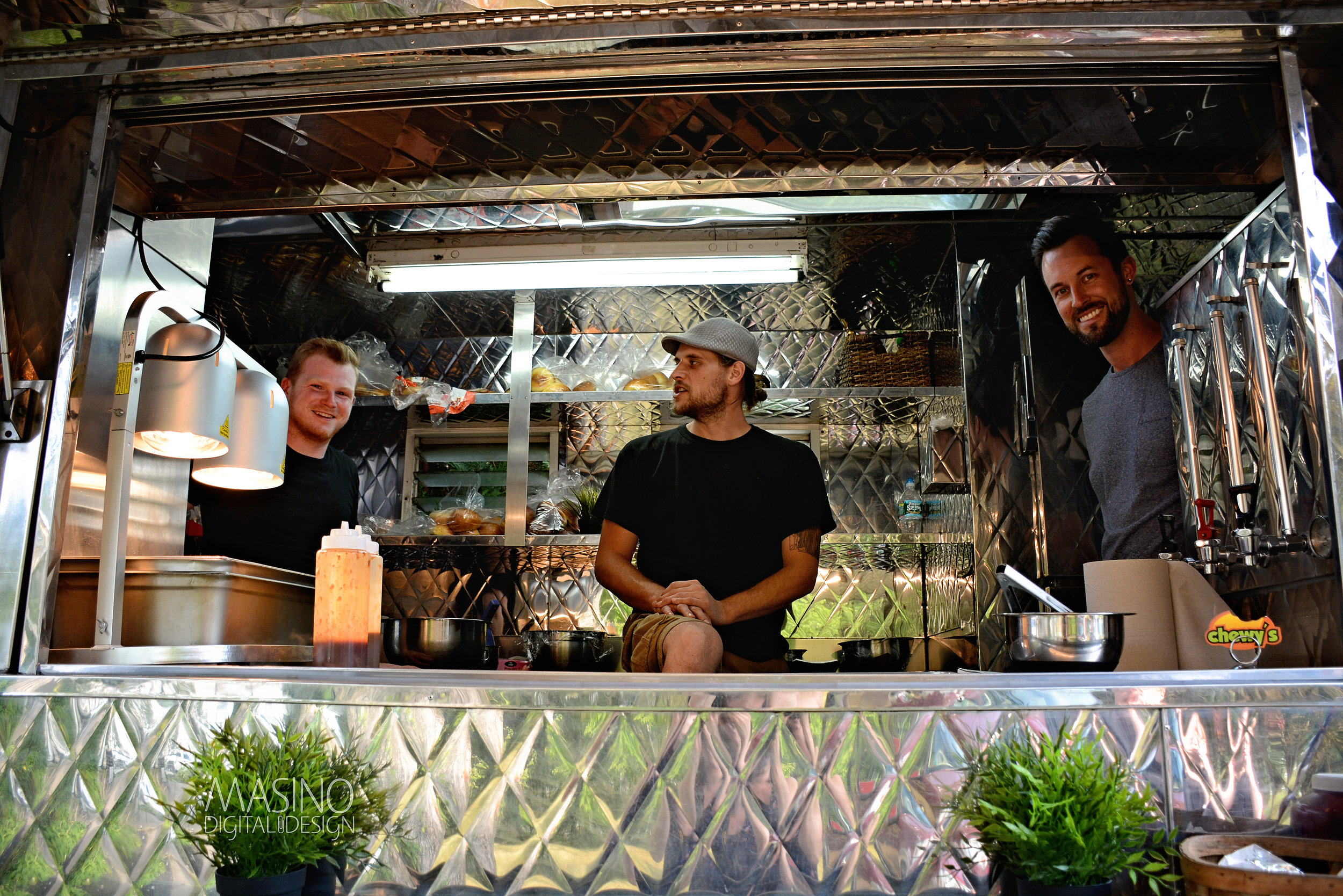chewys food truck team