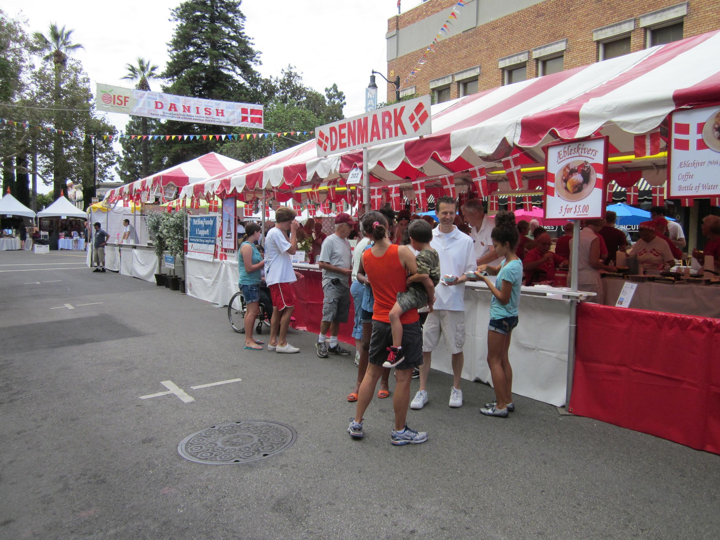 2013.08.30_street_fair_003.JPG