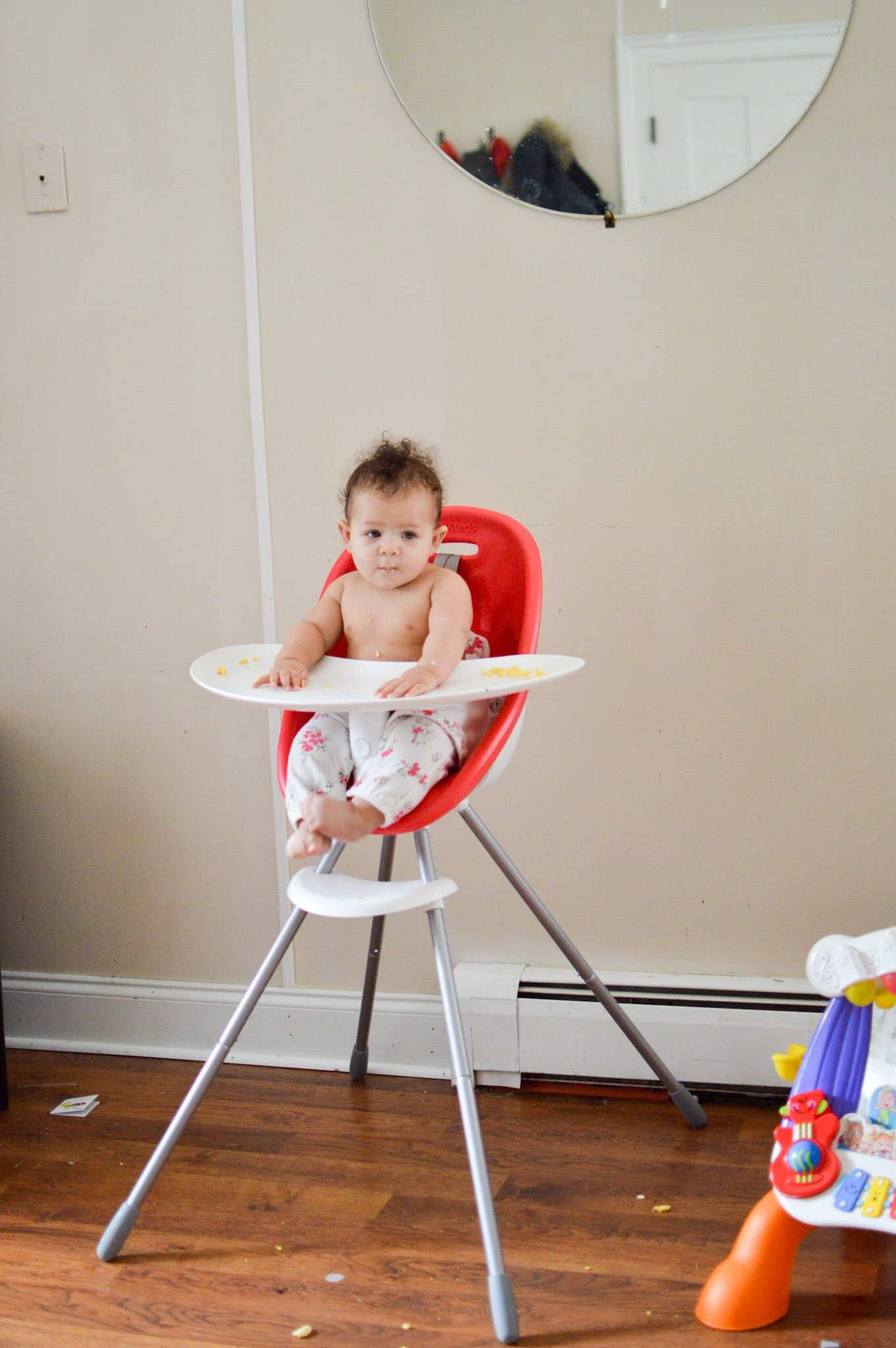 I love the way my sweet girl looks when she sits in her high chair, so I wanted to capture that!