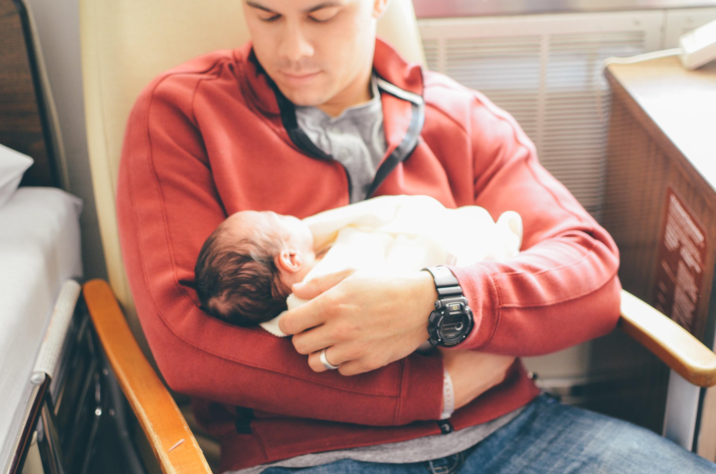 Syracuse, NY Fresh 48 Newborn Hospital Photography