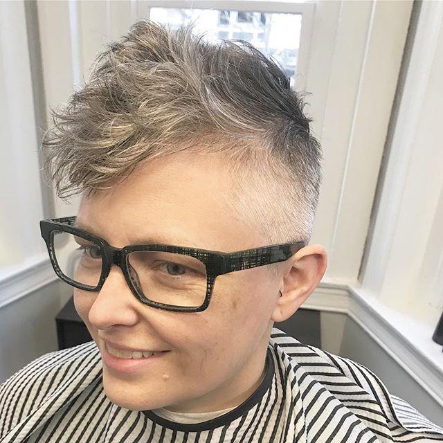 Springing into Spring 🌾⠀ .⠀ .⠀ #nastybarbers #LadyClipper #barberlife #ladybarber #beard #mensgrooming #hairstyle #barber #barberlove #like #barbergang #barberworld #behindthechair #barbershop #menshair #andis #barbersinctv #dmvbarbers #hair #barbershopconnect #barbering #style #fade #femalebarber #haircut #thebarberpost #faded #hairstylist #barbers #hairstyles