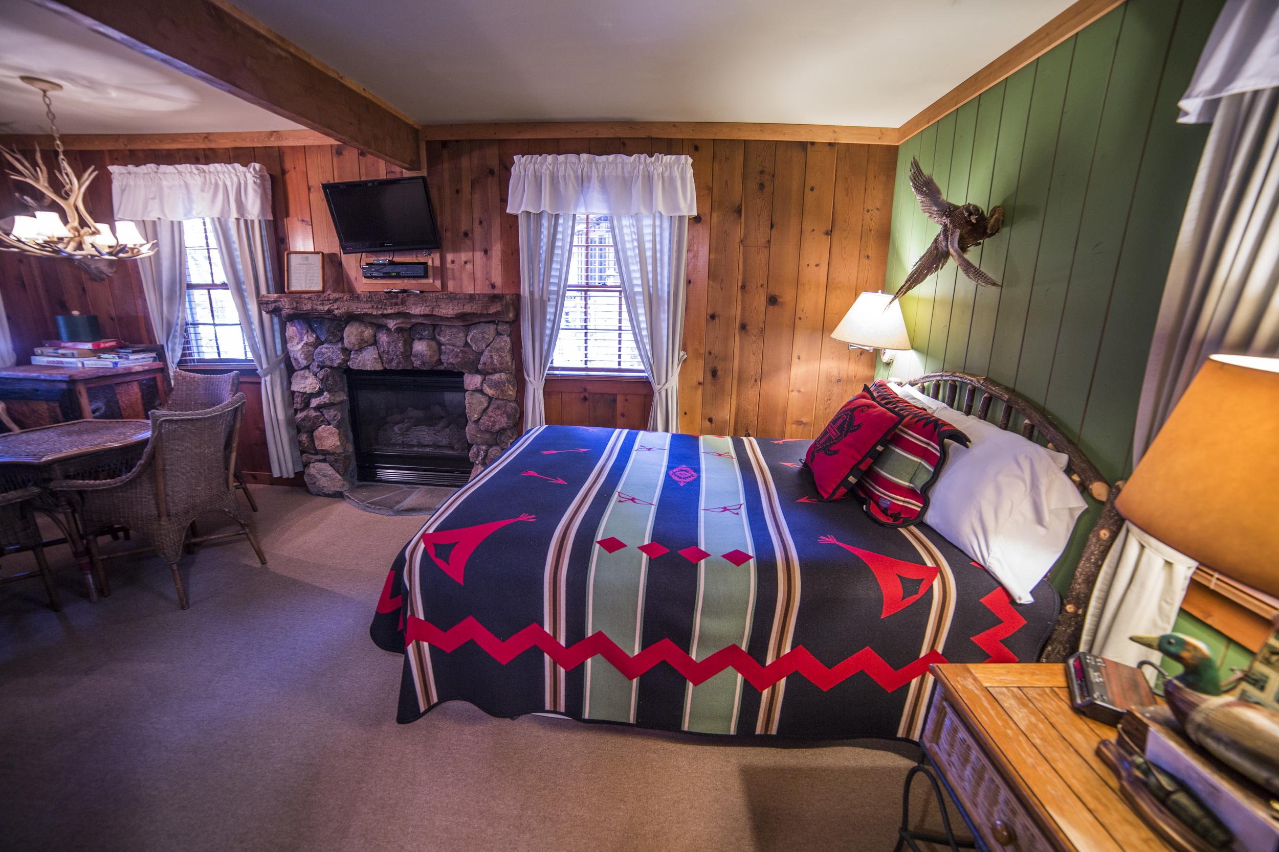Game Room Cottage Inn Room