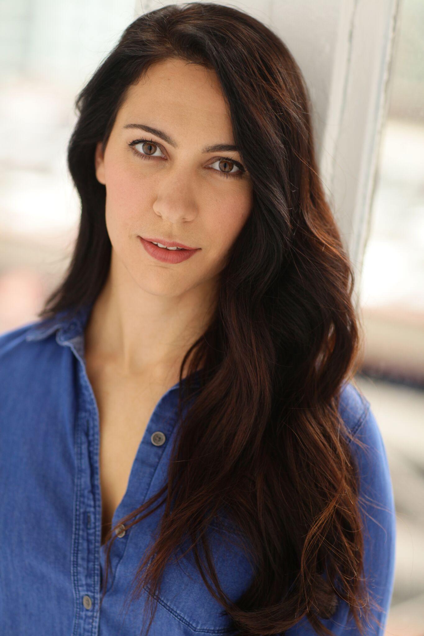 Jennifer Reed    (Back Up Vocalist)