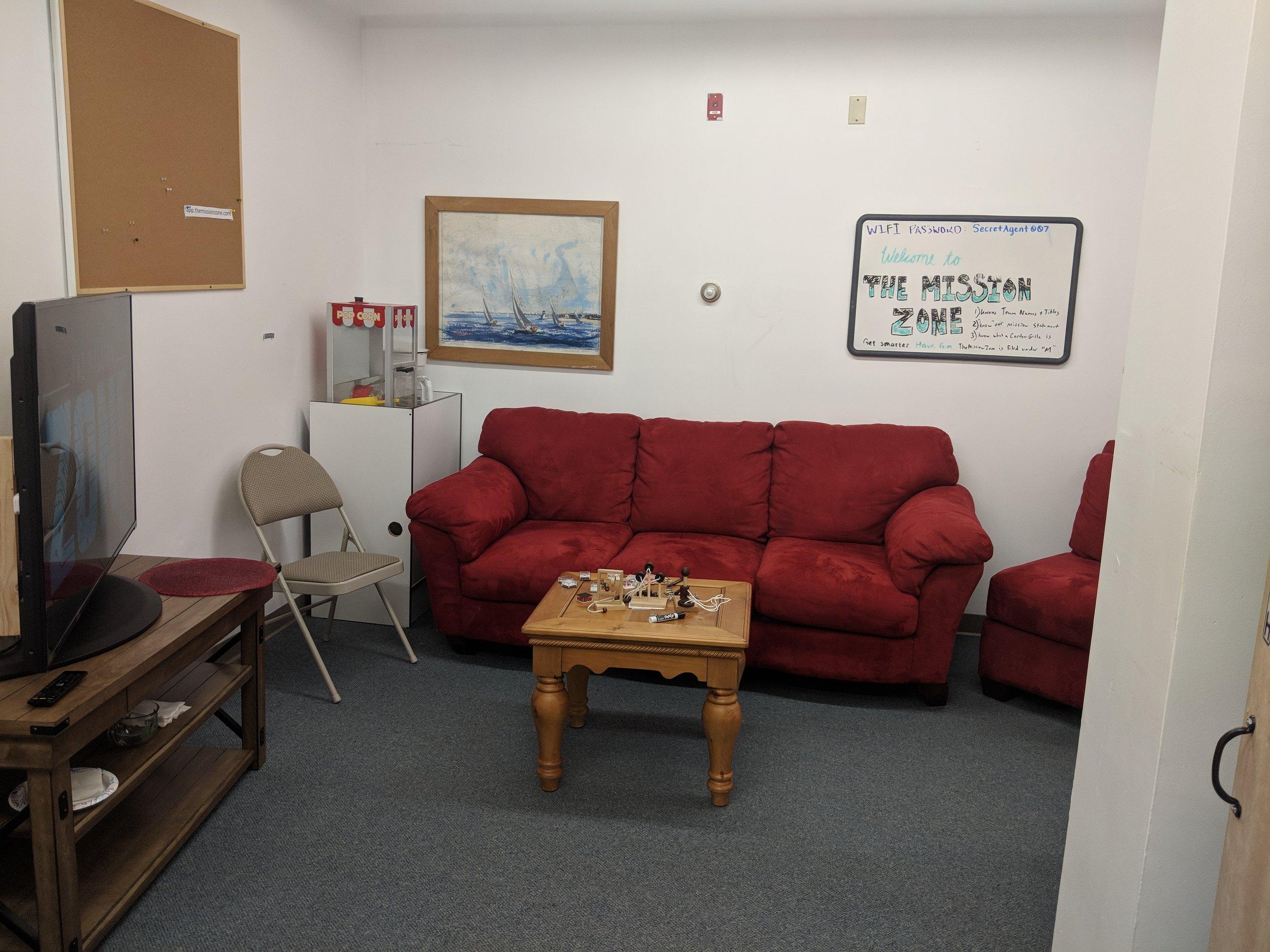 New- Lounge.jpg
