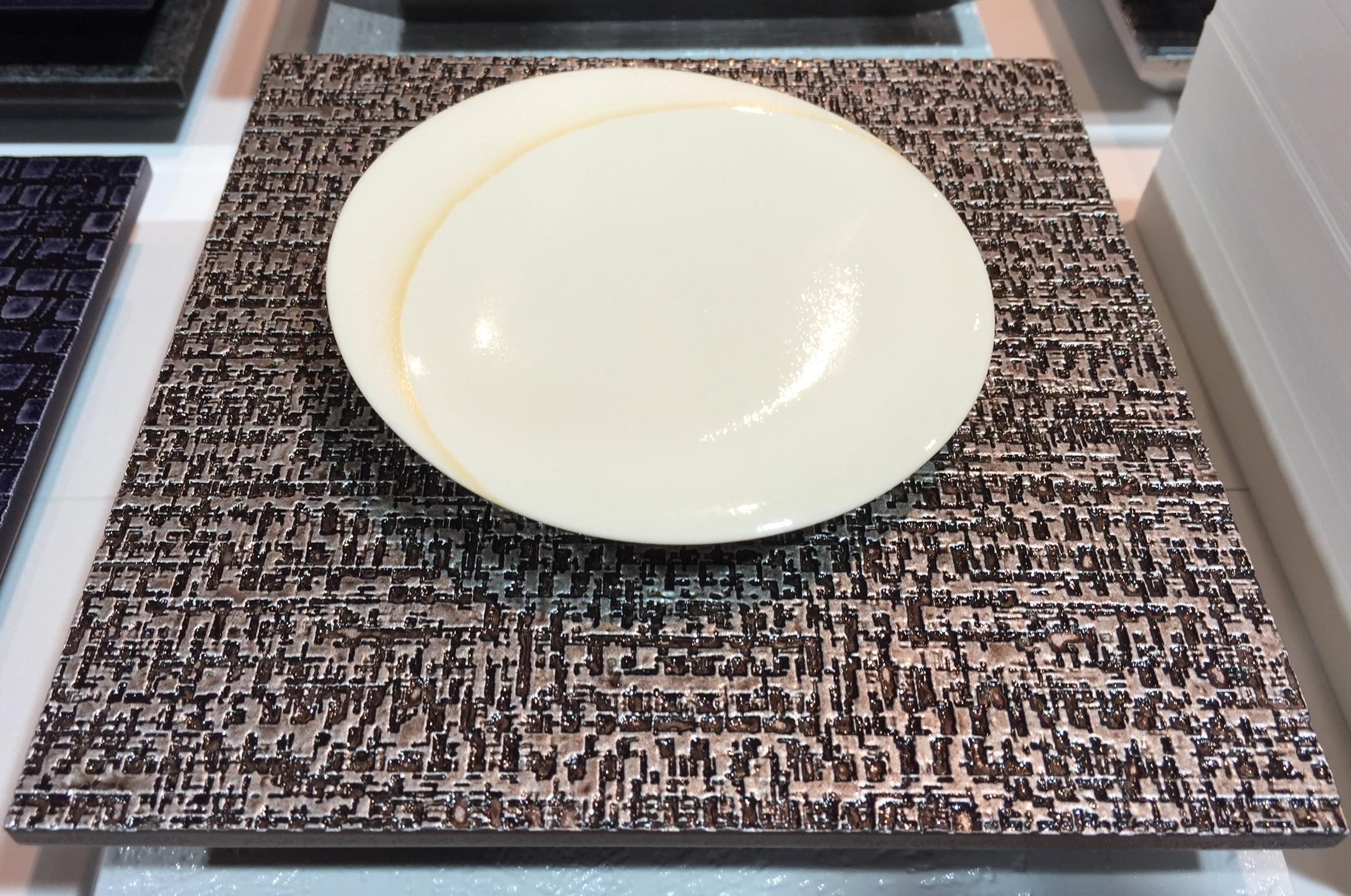 陶器:上島加奈子 作