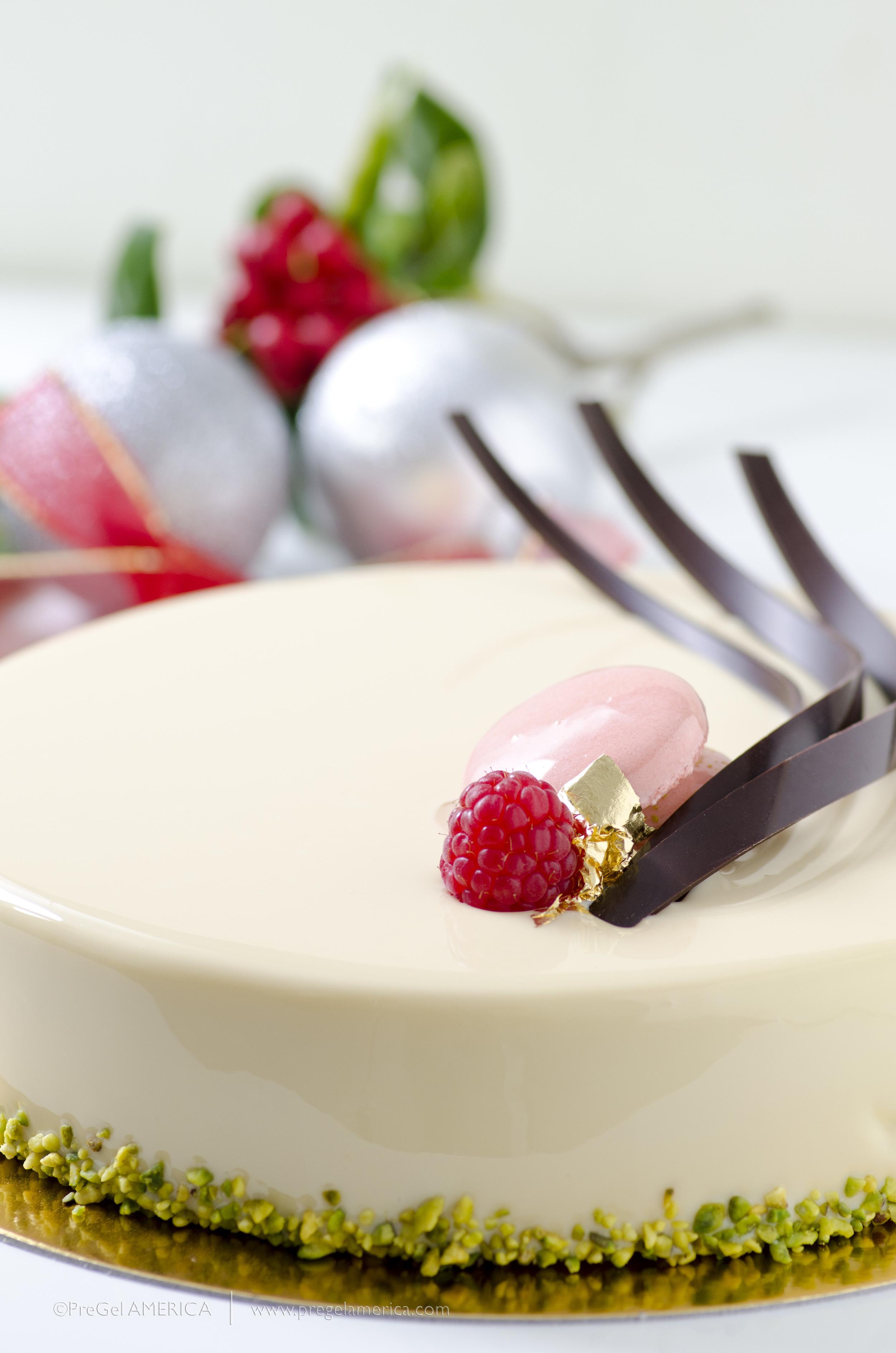 StrawberryPistachioGelatoCakeWM_Pastry.jpg