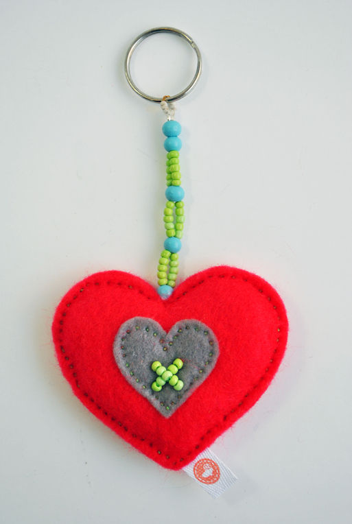 HEART-KEY-RING---BEAD-RED.jpg