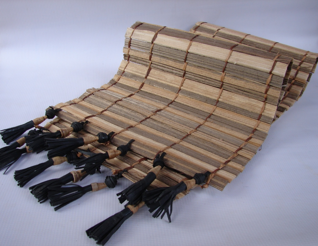 Raffia Bamboo - Table Runner with Tassels (1024x791).jpg