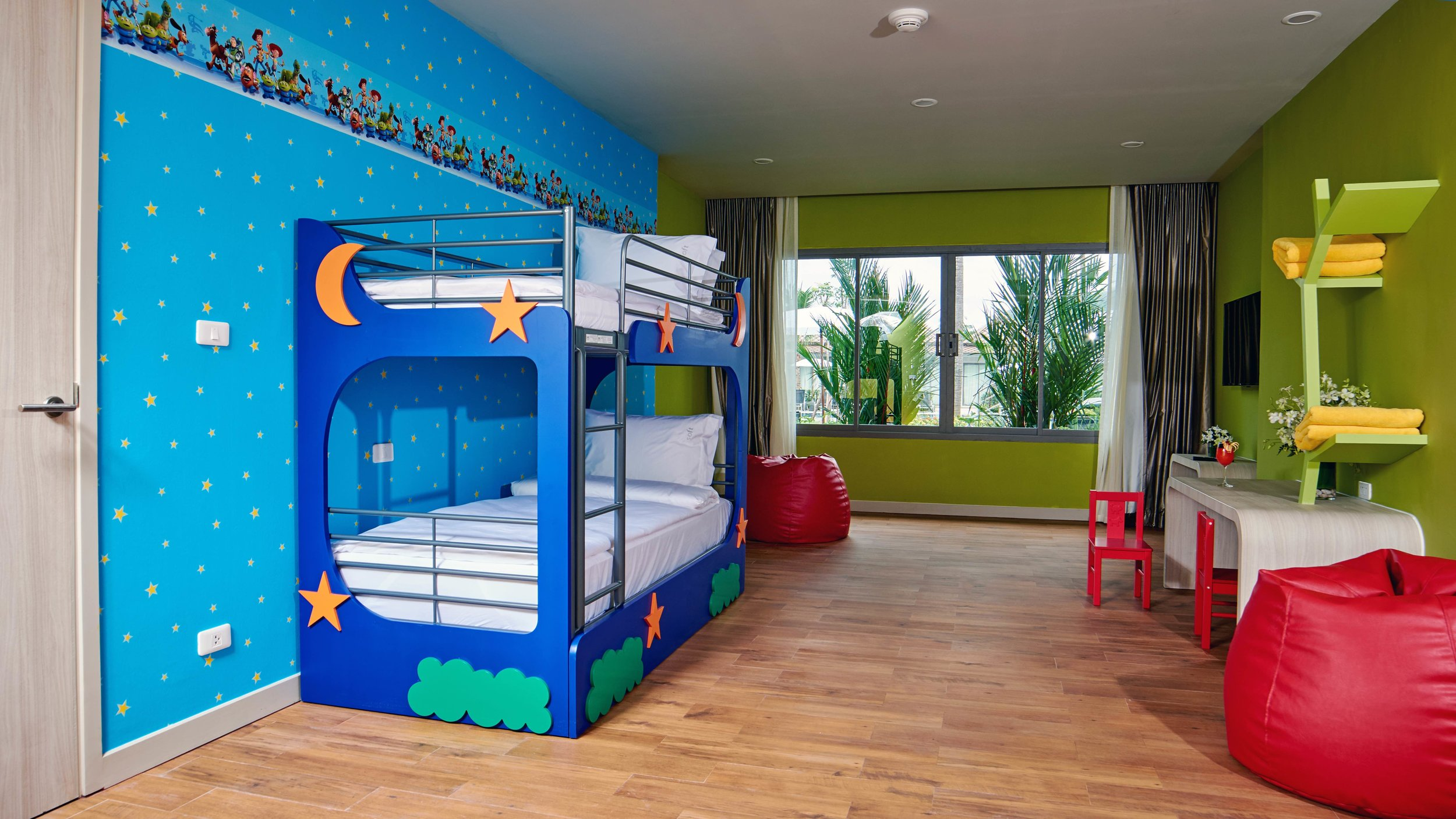 kids-suite_family-wing_008_31186907683_o.jpg
