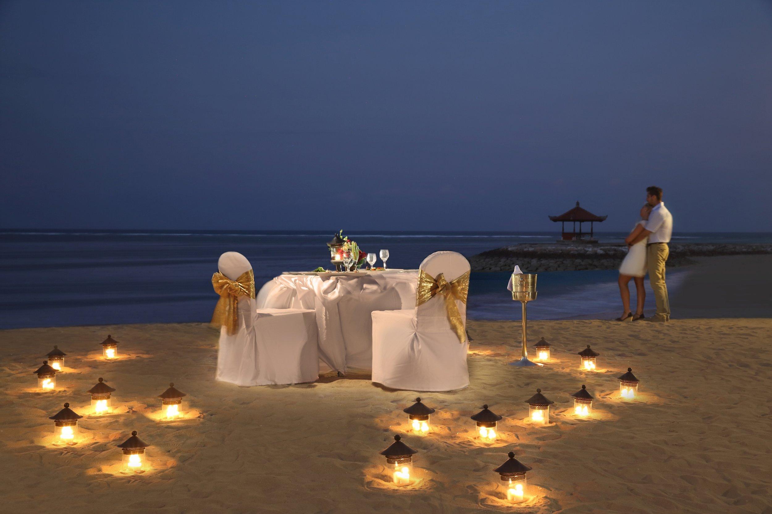 37-Romantic Dinner-3.jpg