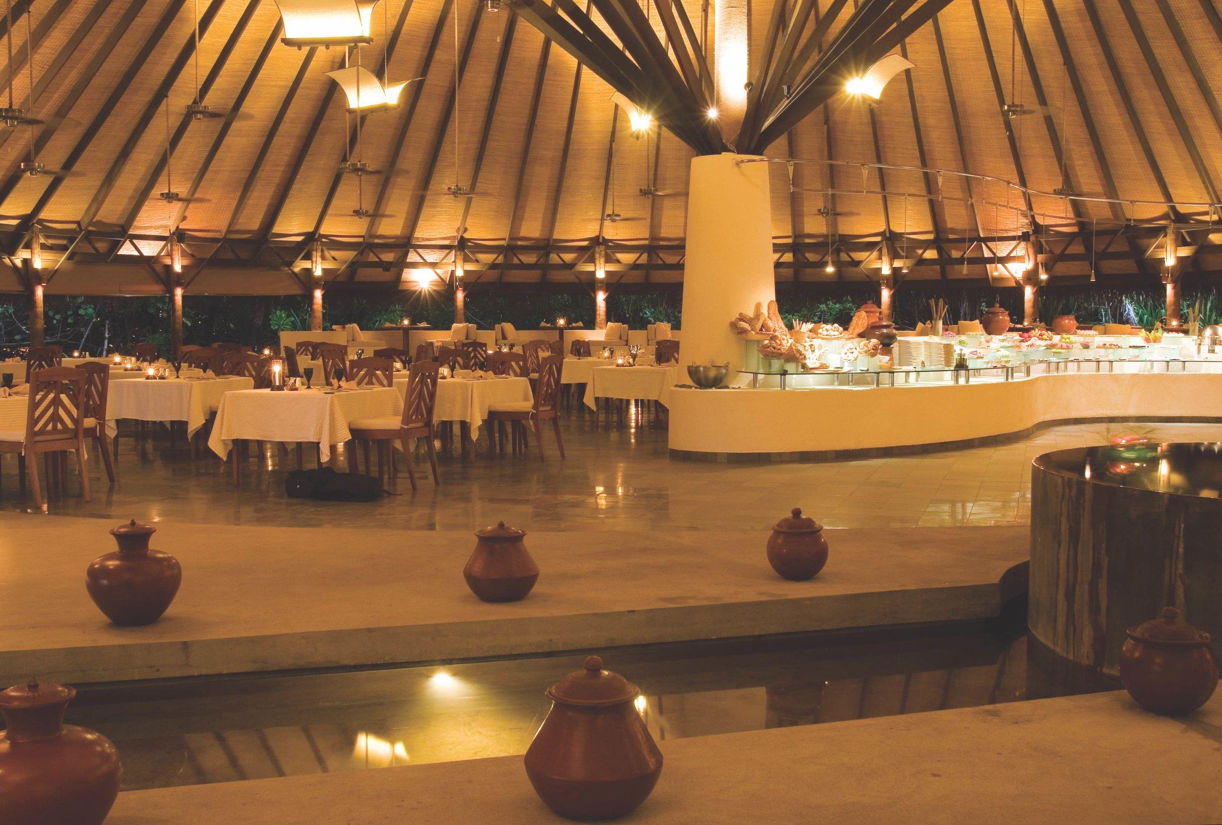 Cowrie Restaurant (1).jpg
