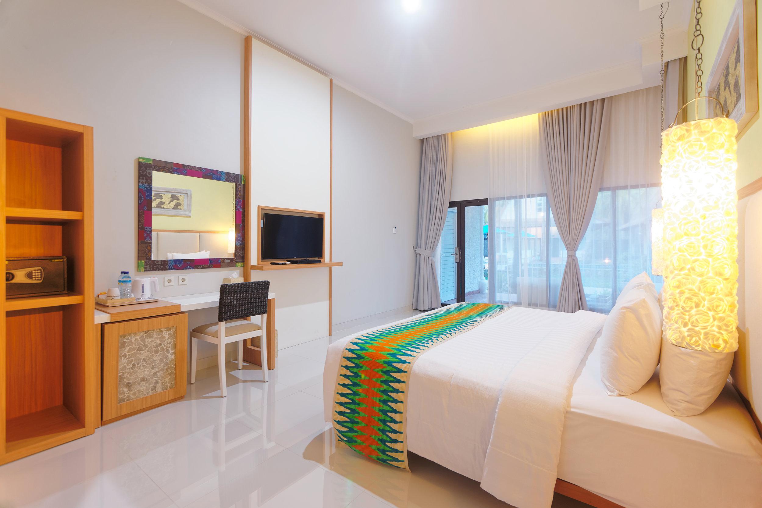 Jambuluwuk Oceano Resort - Deluxe Double.jpg