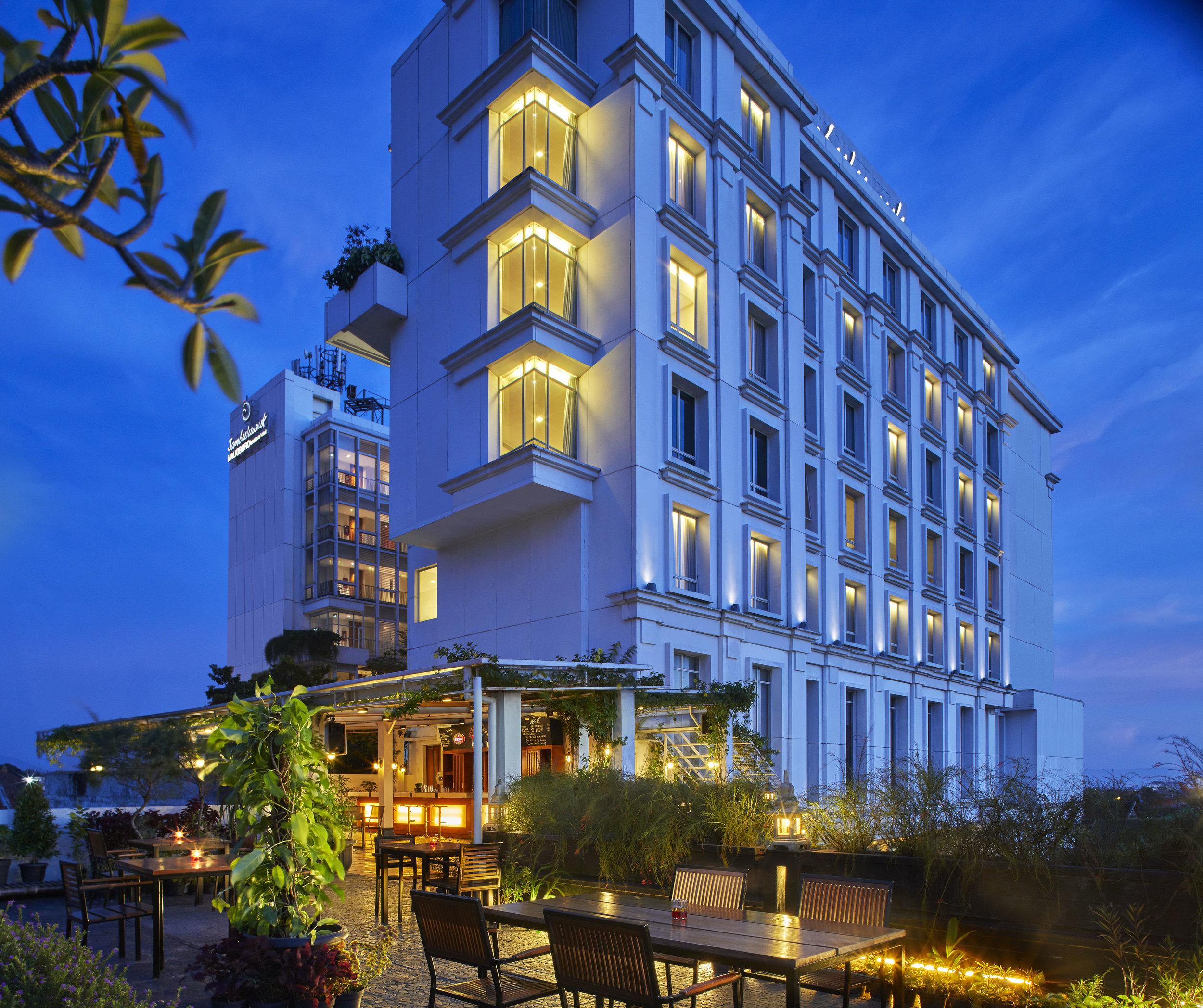 Jambuluwuk Malioboro Hotel - EXTERIOR_.jpg