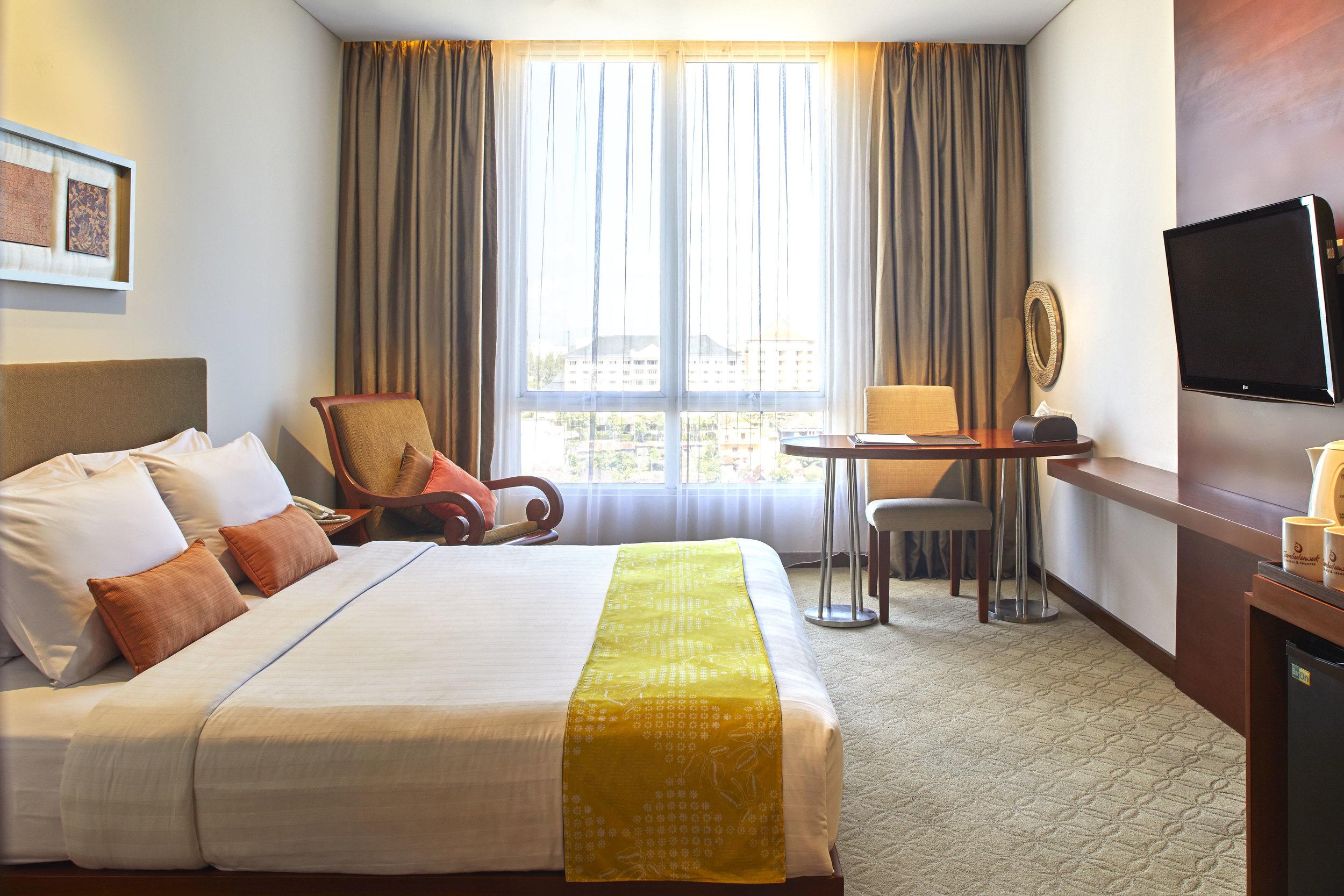 Jambuluwuk Malioboro Hotel - SUPERIOR.jpg