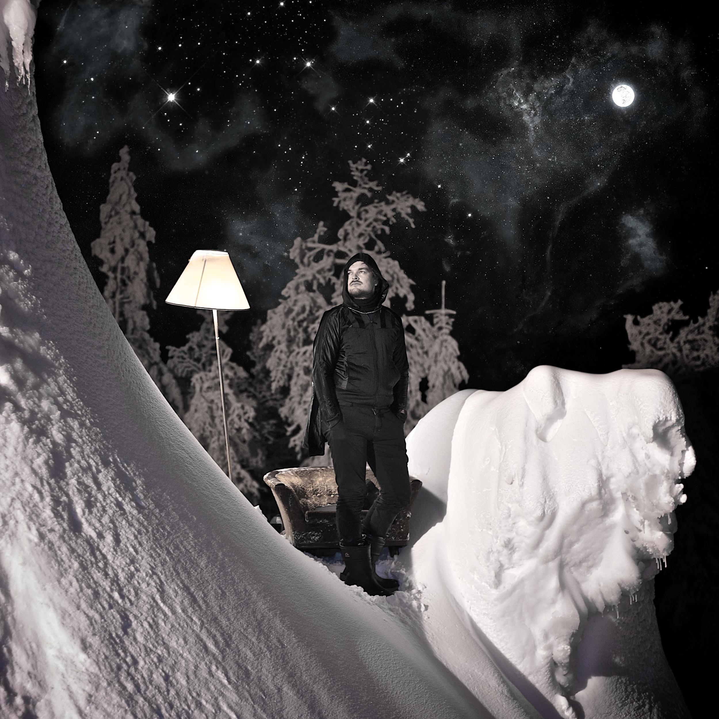 Morten  MOON komp1().jpg