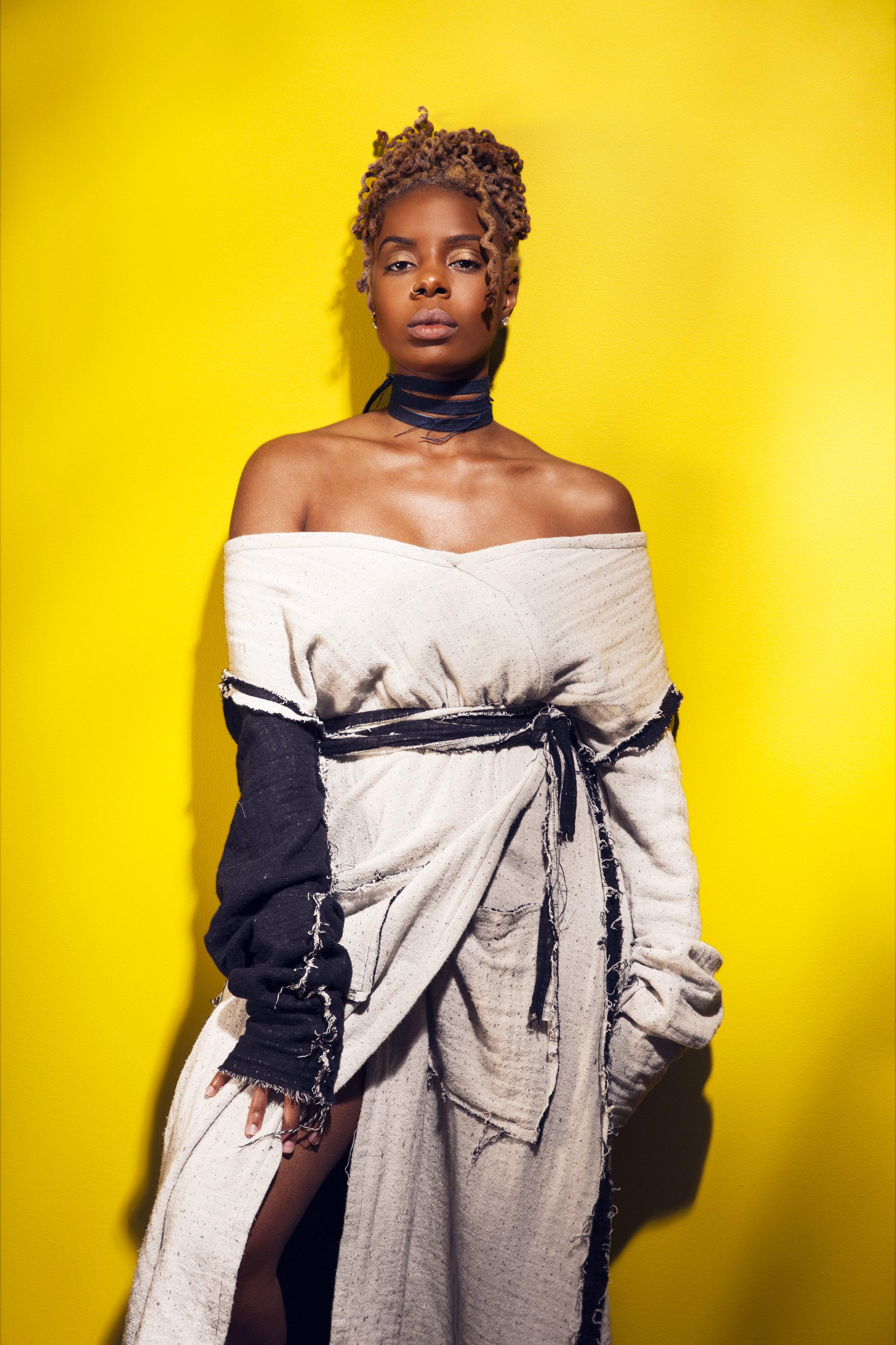 Photographer :  Dom Shepherd   Model :  Lola Jordan