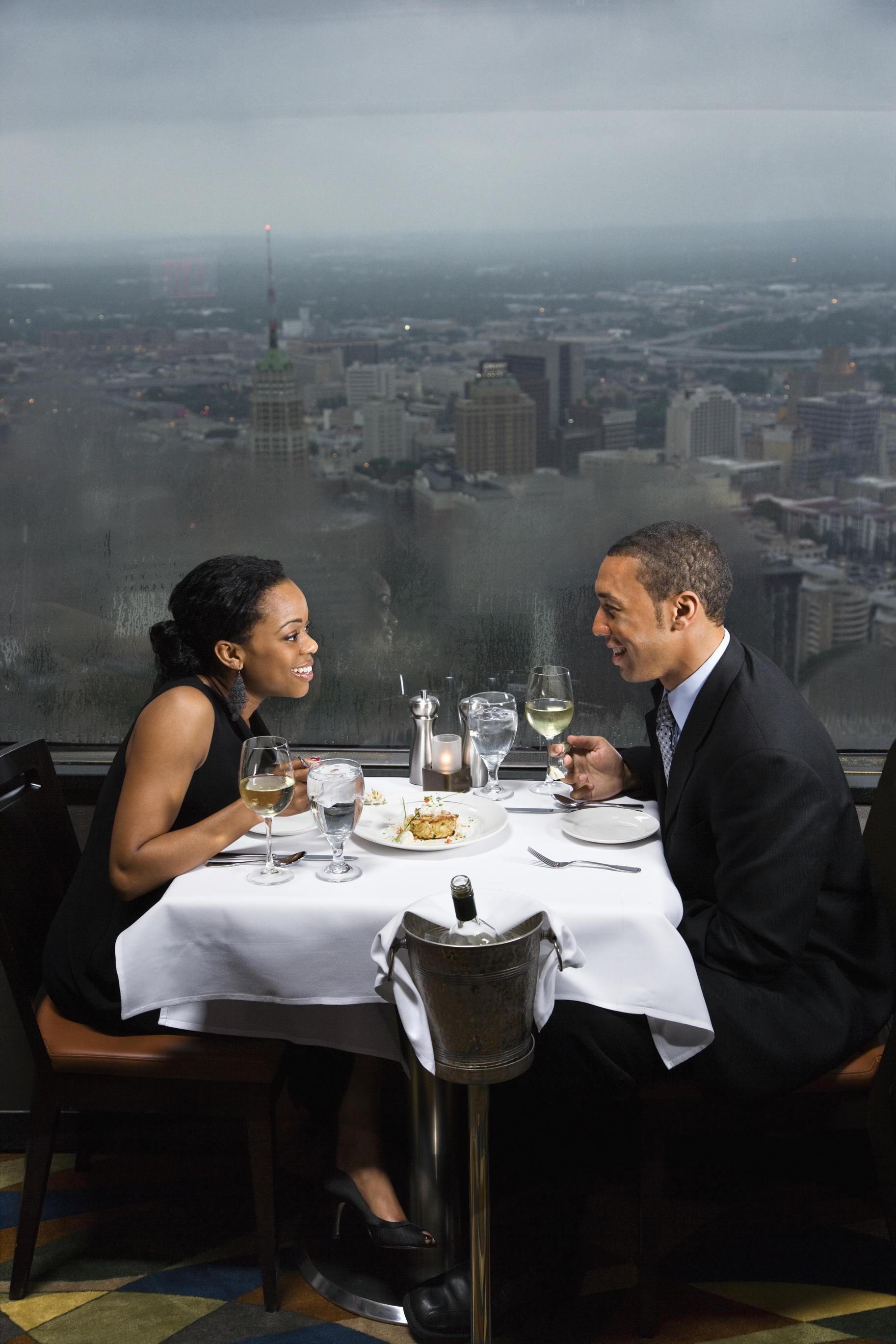 dinner date with a view st louis
