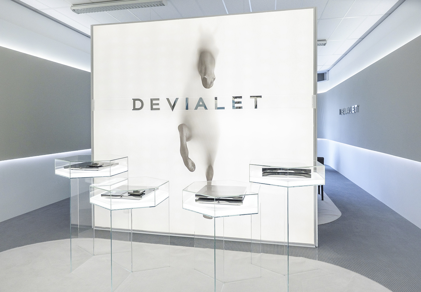 devialet_P H A N T O M_charlienumberfive