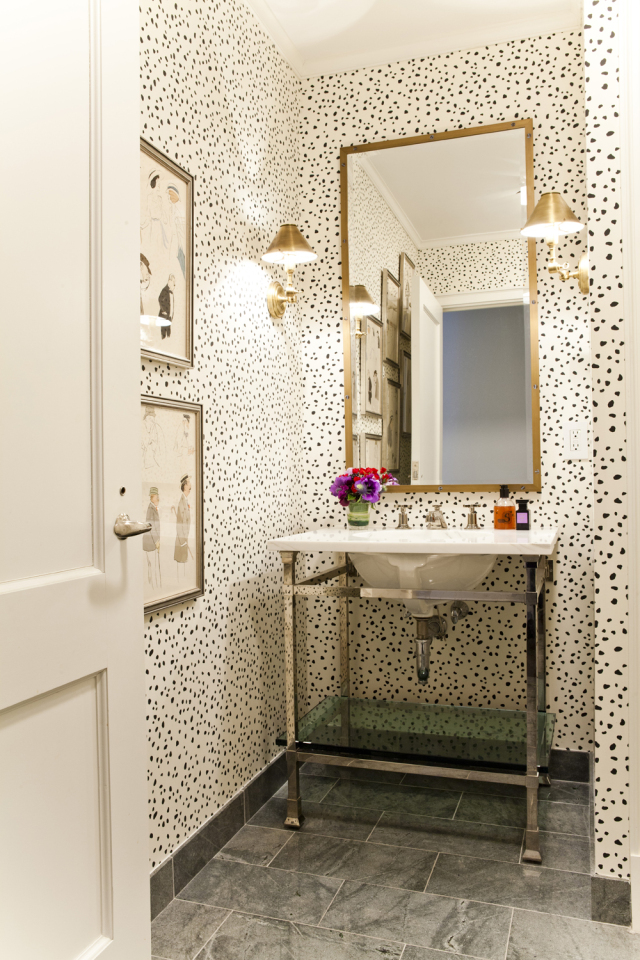 lilly-bunn-nyc-apartment-tour-bath-spotted-wallpaper.jpg