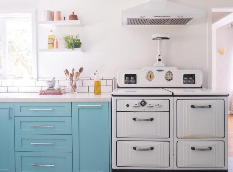 Rebecca-Kitchen-17-768x567.jpg