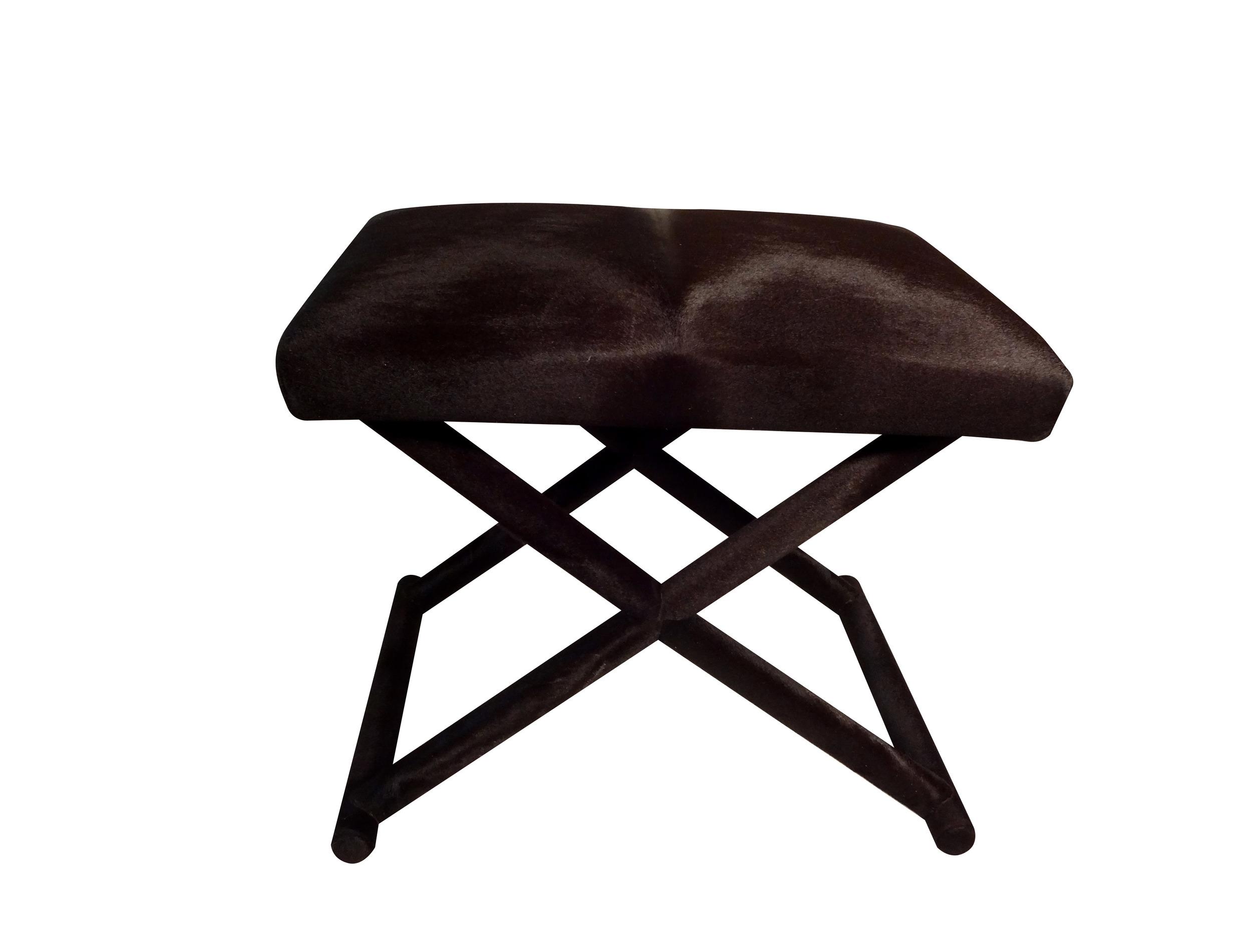 black stool angle.jpg
