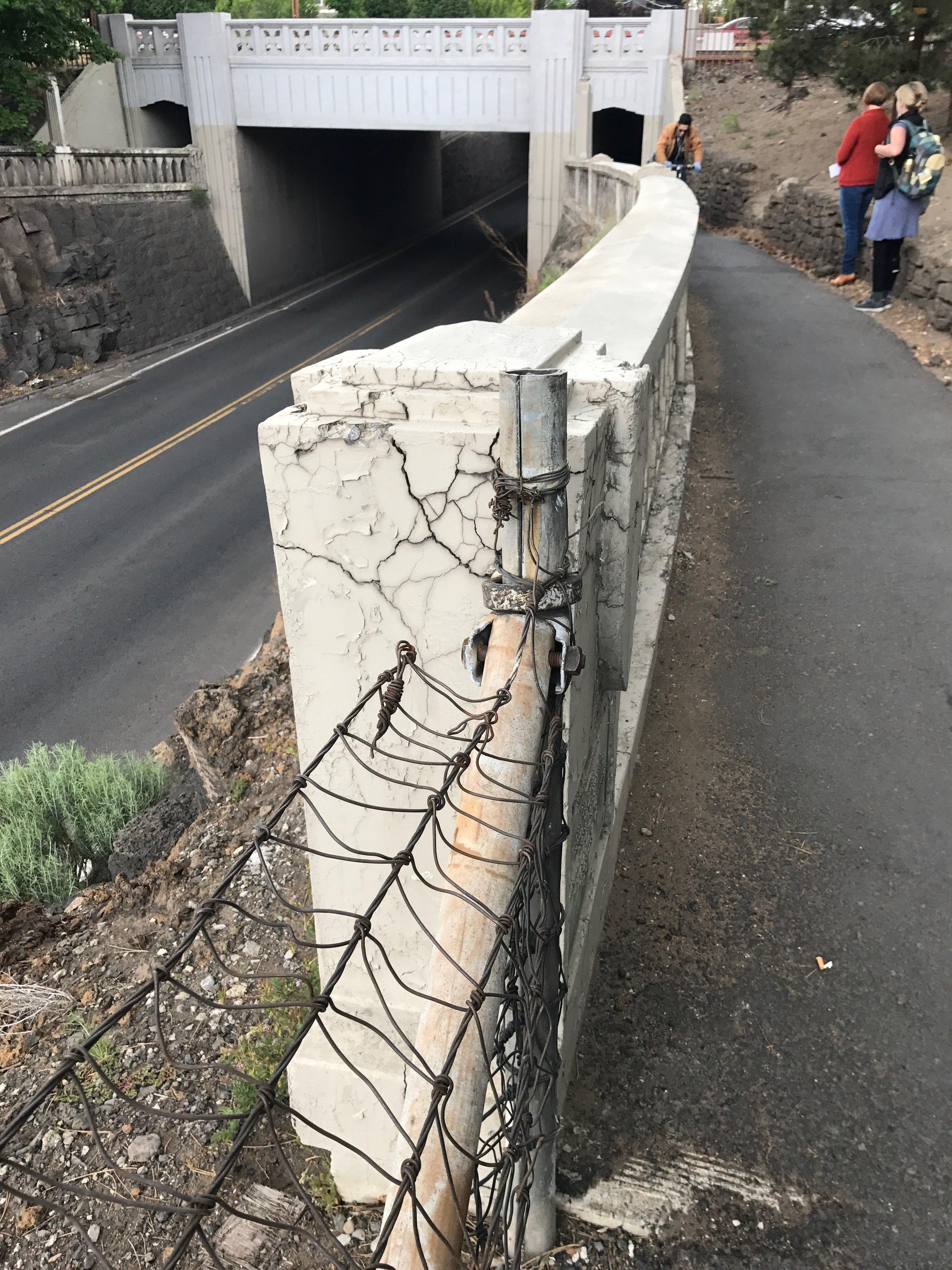 Railing of Franklin underpass.JPG