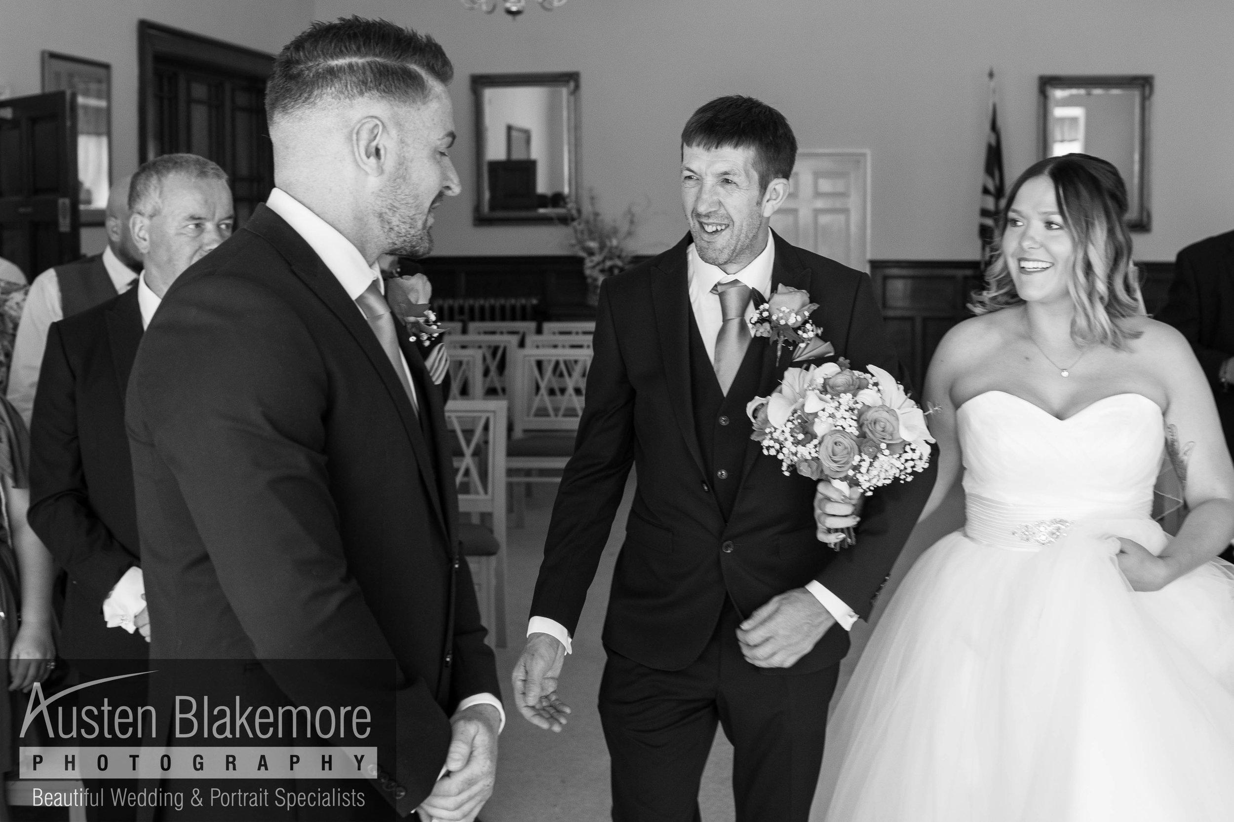 Nottingham Wedding Photographer-32.jpg