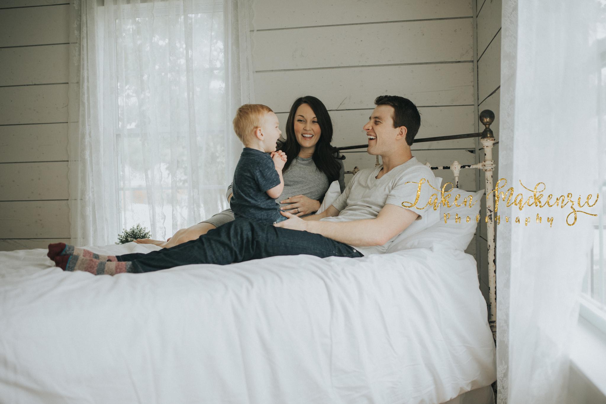 Dallas Fort Worth Lifestyle Maternity Photographer