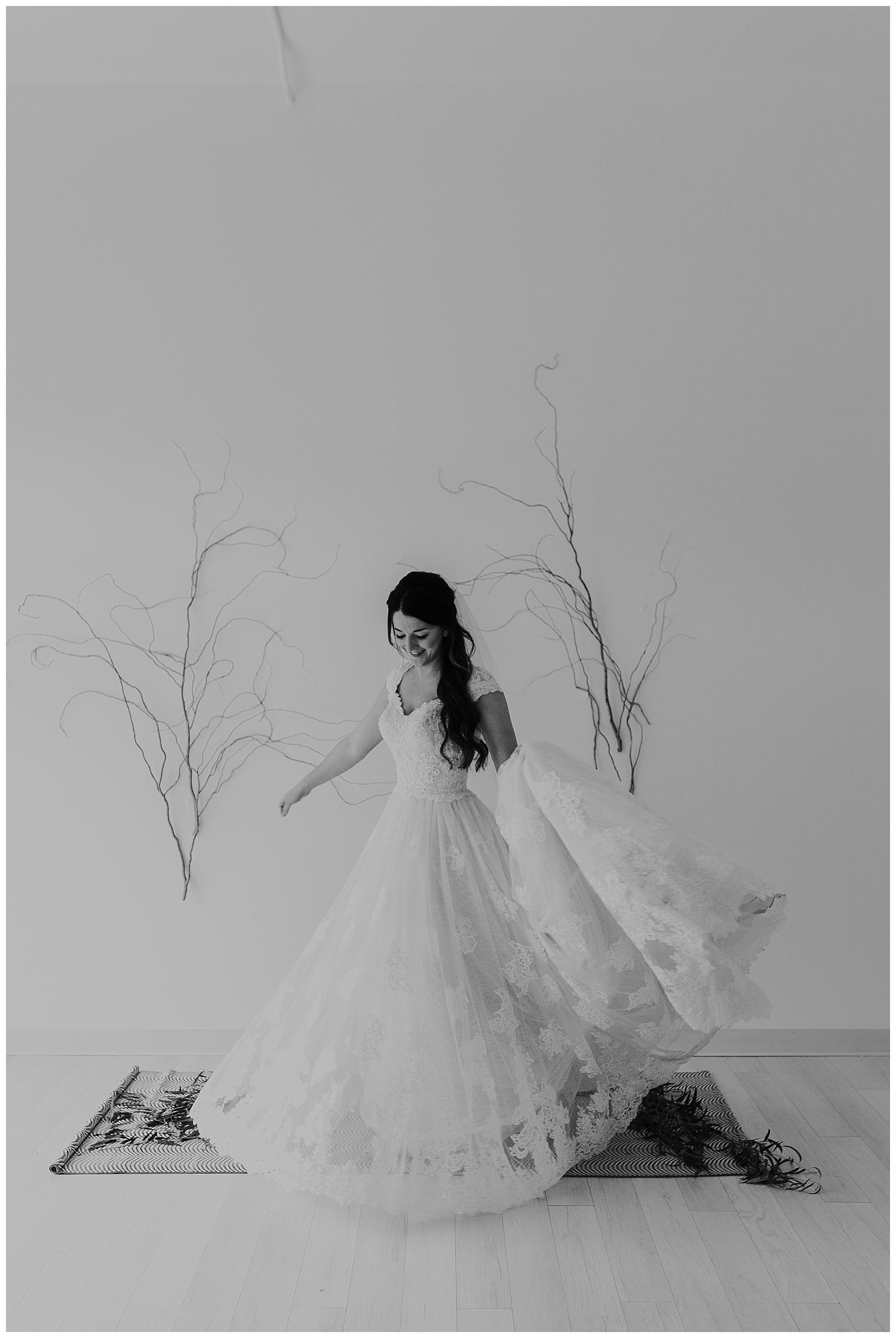 Laken-Mackenzie-Photography-Lumen-Room-Fort-Worth-Bridal-Session-Fort-Worth-Photographer10.jpg