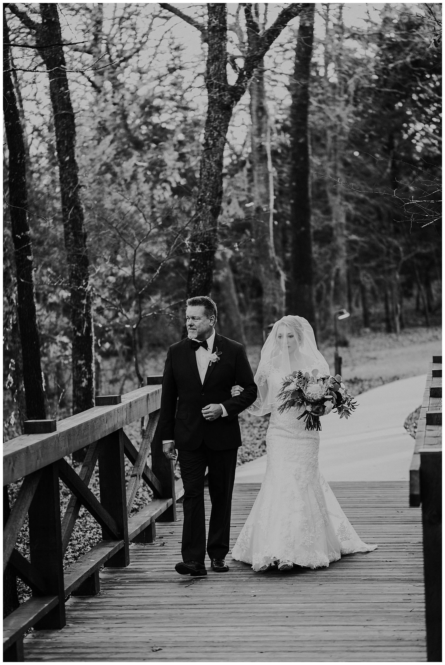 Laken-Mackenzie-Photography-Palm-Whispering-Oaks-Wedding-Venue-Dallas-Wedding-Photographer14.jpg