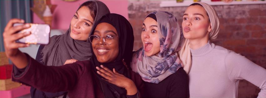 Muslim Girl .png