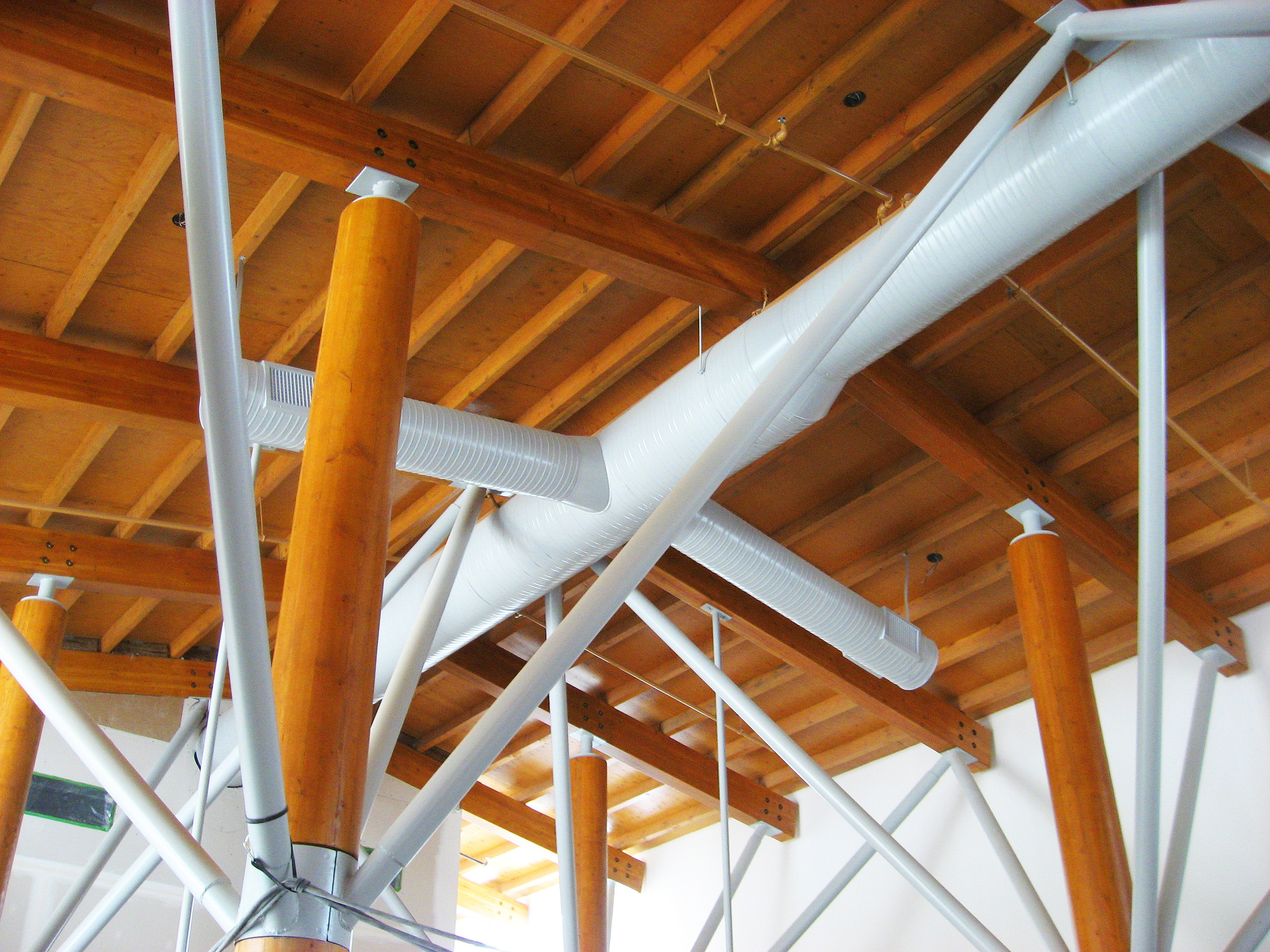 6 - Roof Structure.JPG