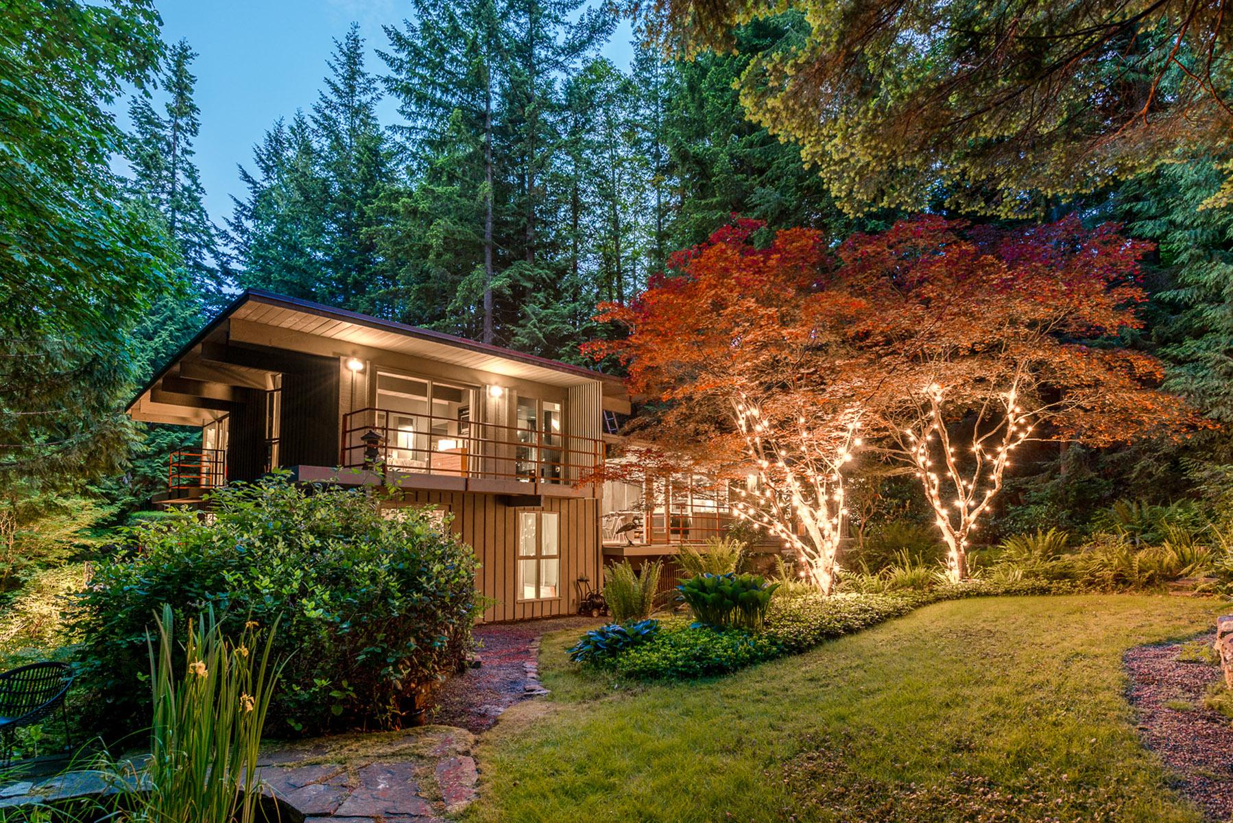 4301-Woodcrest-Road-West-Vancouver-360hometours-16s.jpg