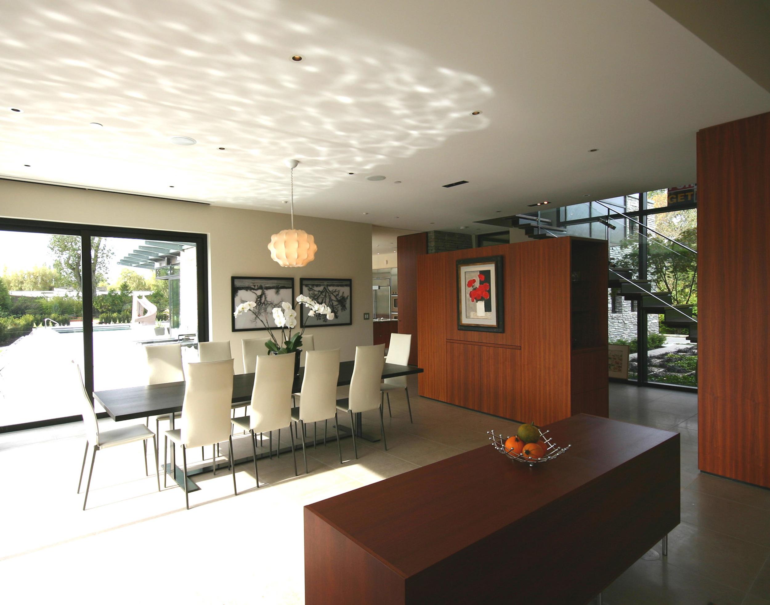 7 - Interior (Dining).jpg