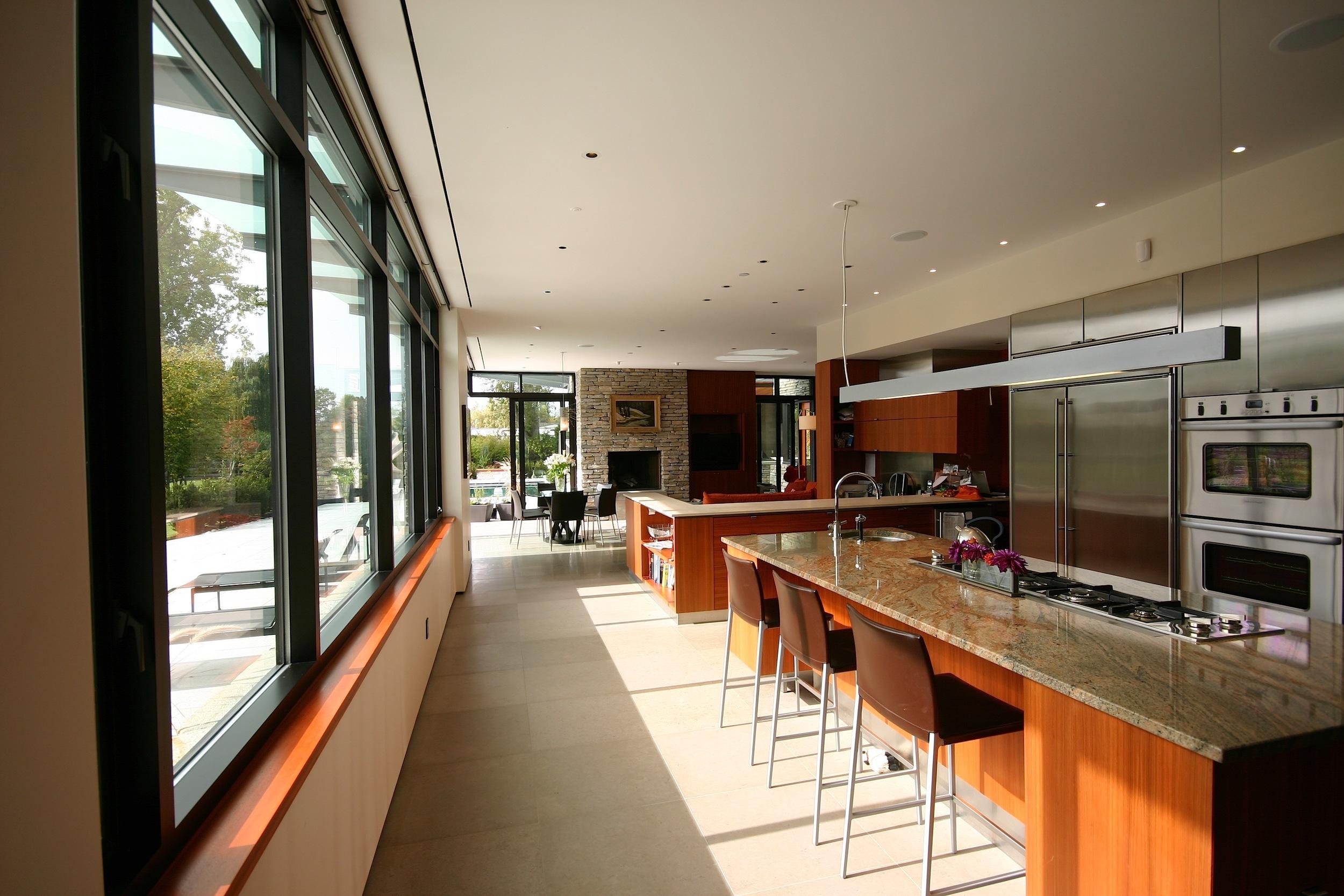 9 - Interior (Kitchen).JPG