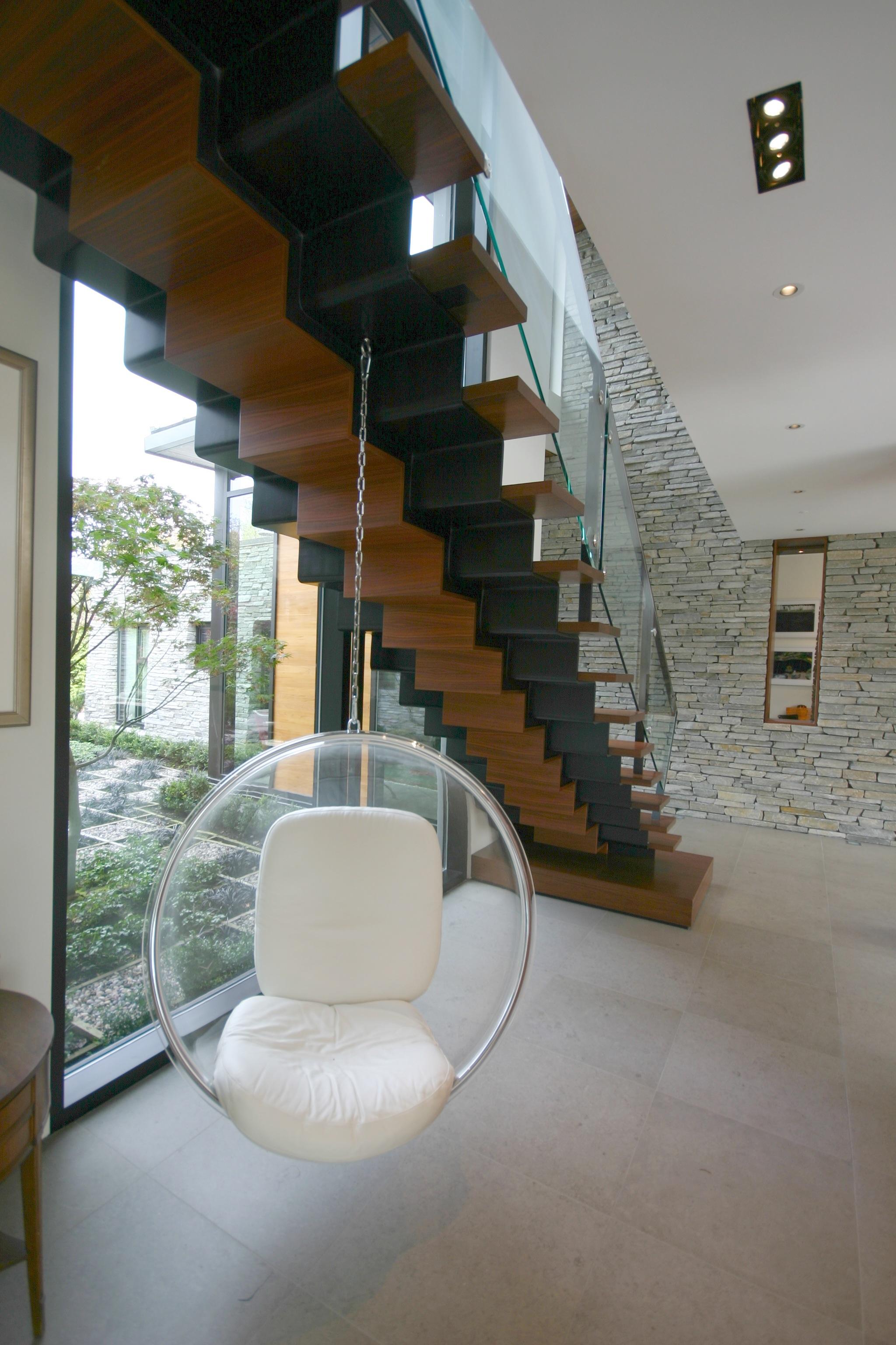 16 - Stair Seat.JPG