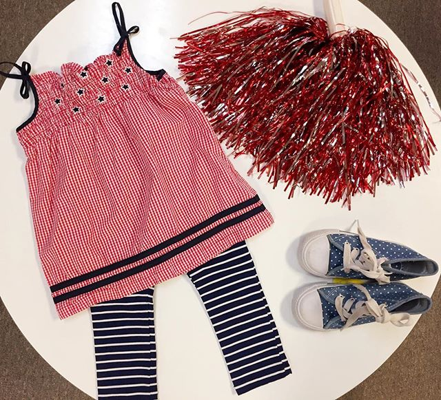 Red,white and blue we have all the festive clothing for you! ✨🇺🇸👏🏼 Top: 18 months $3.99 Bottoms: 2T $4.49 Shoes: high tops sz. 10 $4.49 #festive #kids