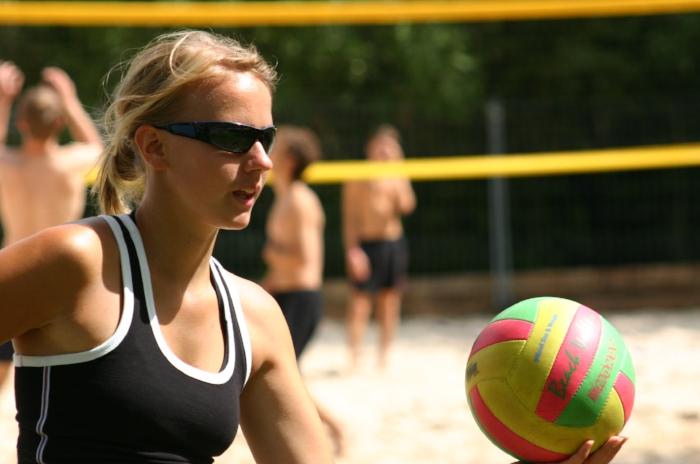 sports-at-the-beach-1563395.jpg