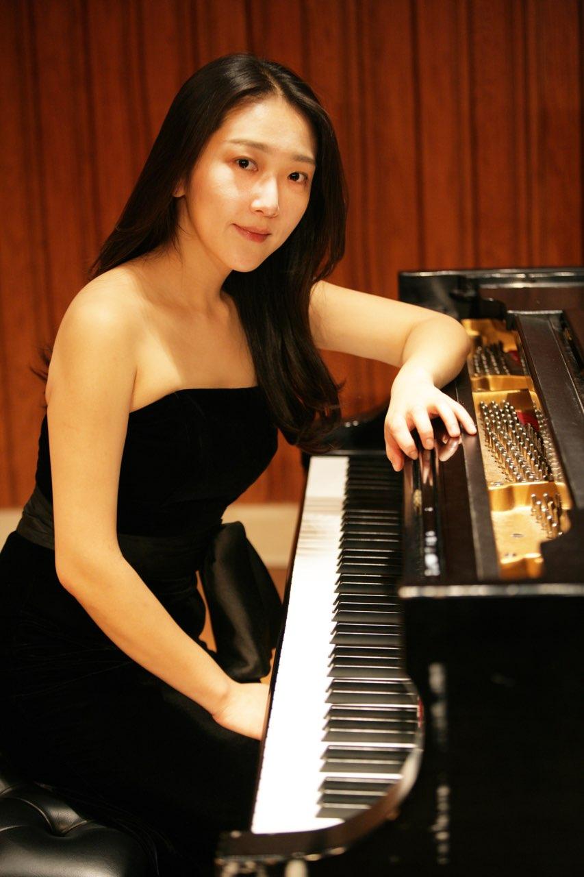 Jae Hee Min, piano
