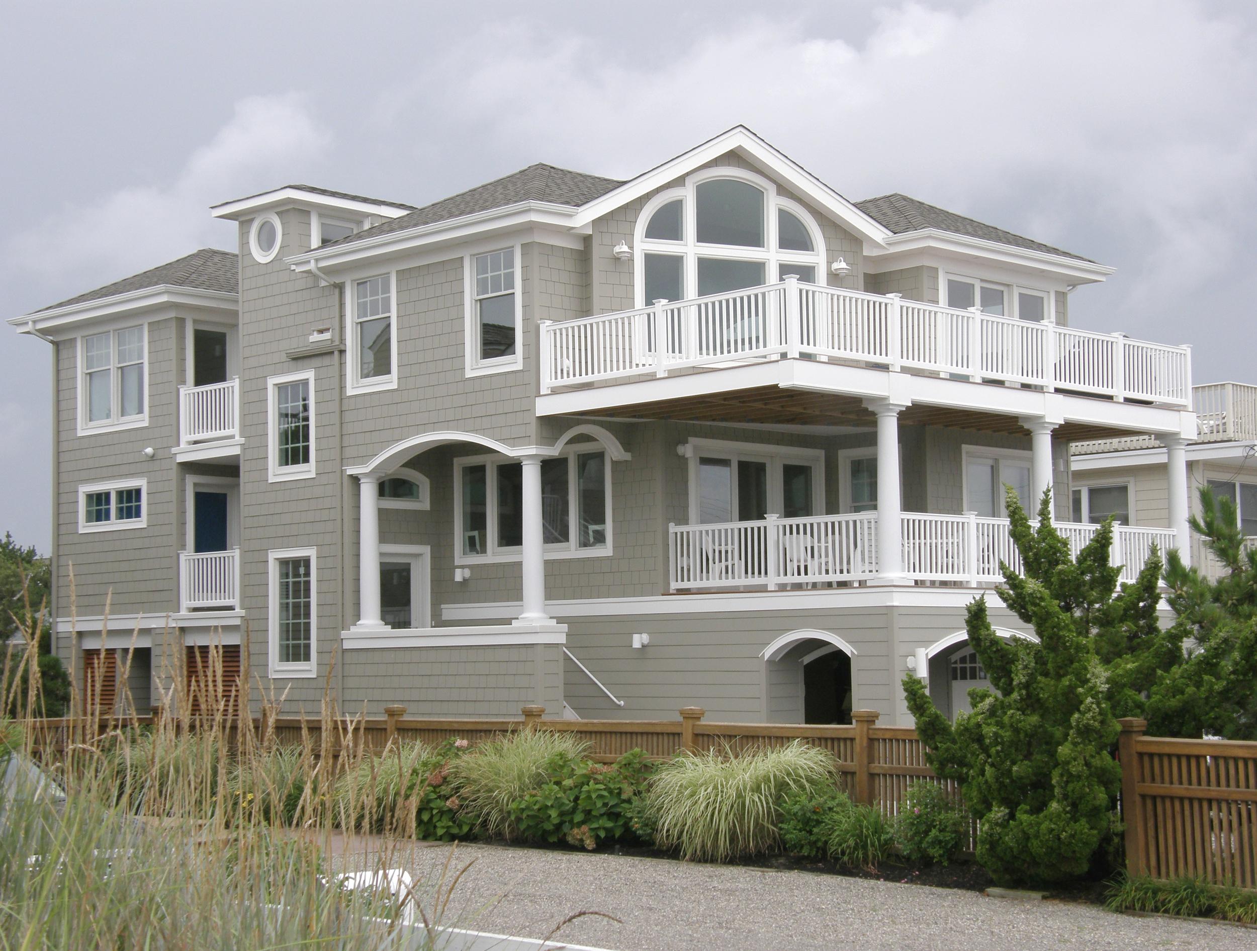 Paulik Residence (2010)