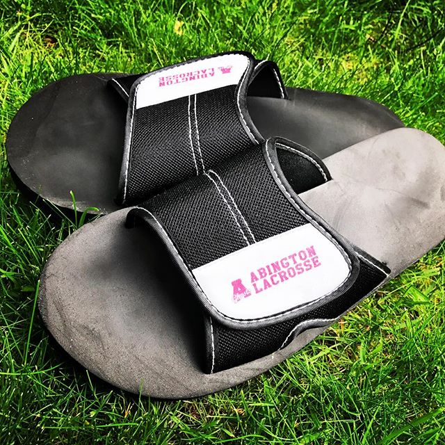 A big thanks to our parents/boosters for these great Abington Lacrosse custom slides! All varsity and JV players received a pair. The Ghosts are ready for summer! ☀️🏖🕶