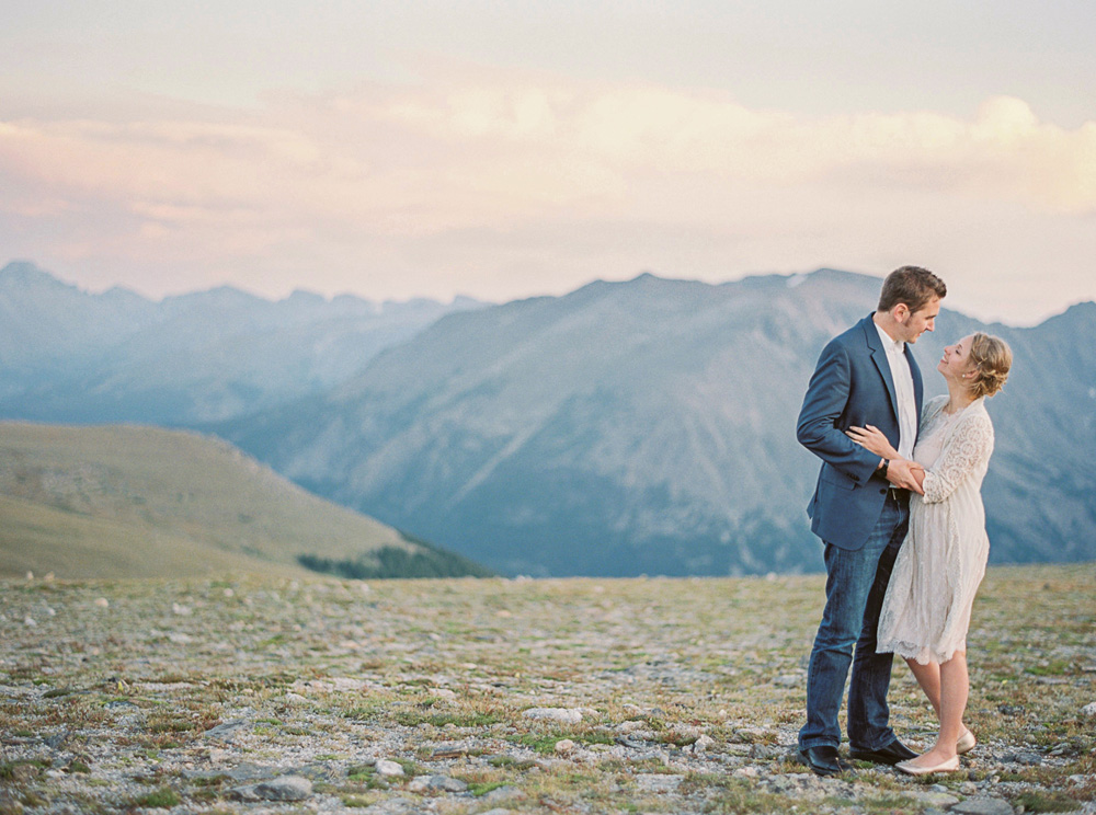 photographer_wedding_rocky_mountains_film.jpg