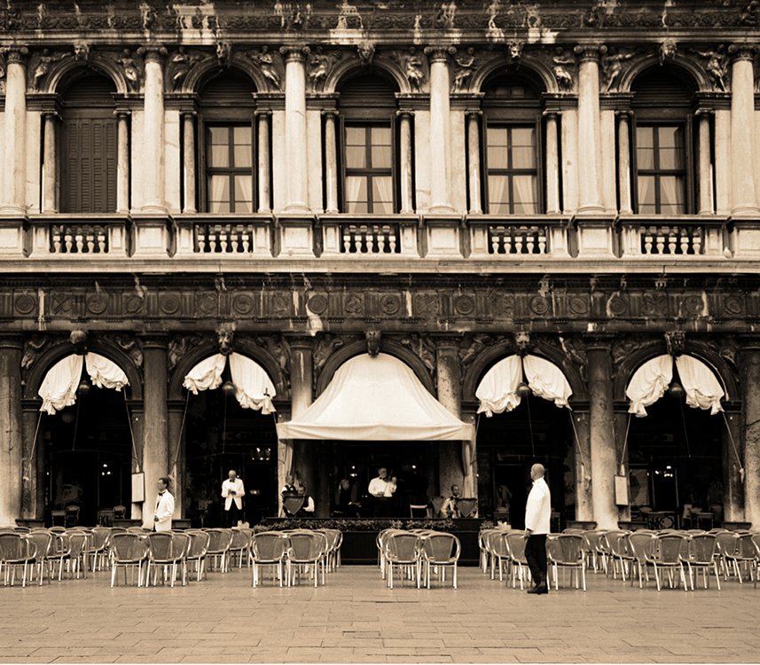 Venice Waiters and Musicians 750.jpg
