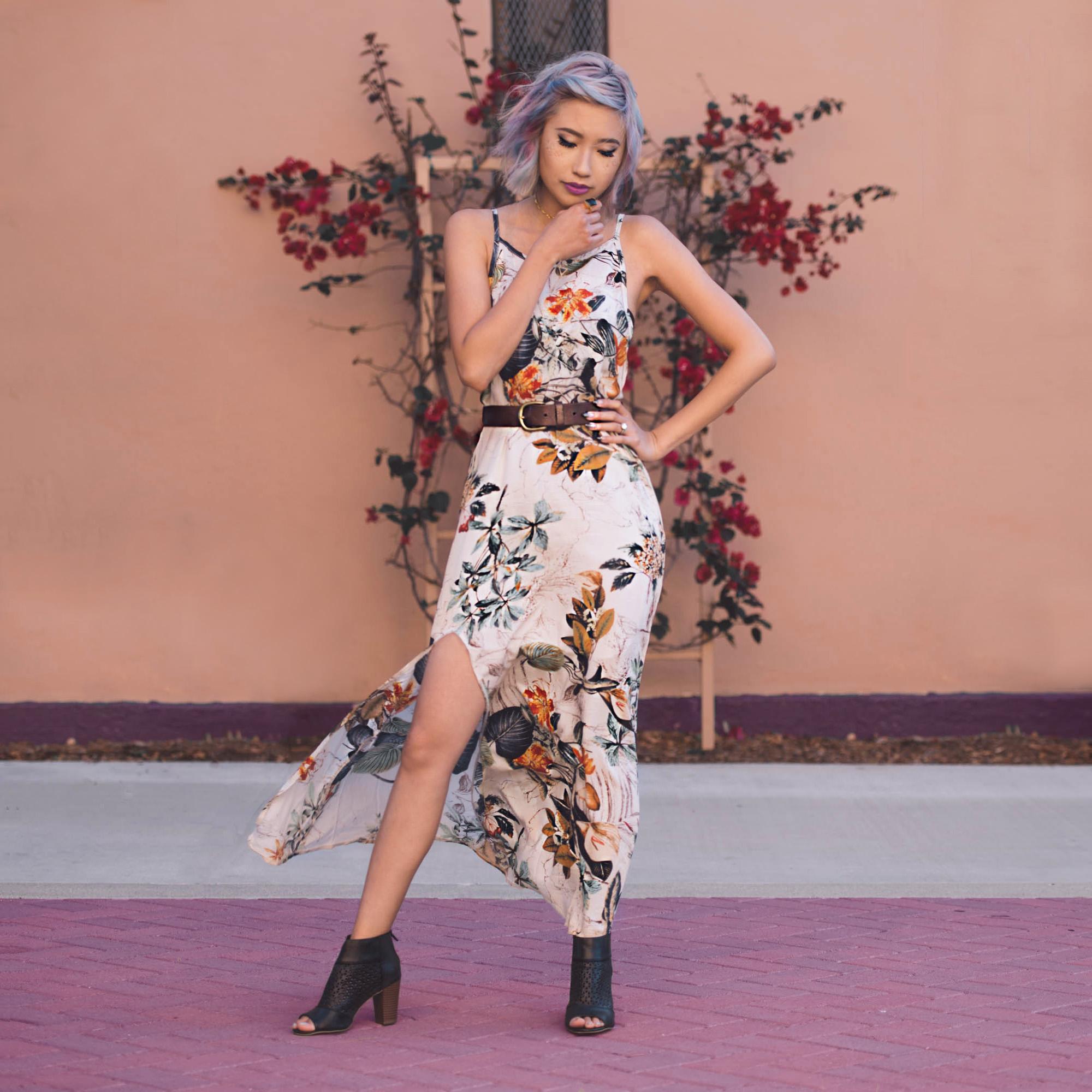 Dress :  White Spaghetti Strap Backless Split Dress