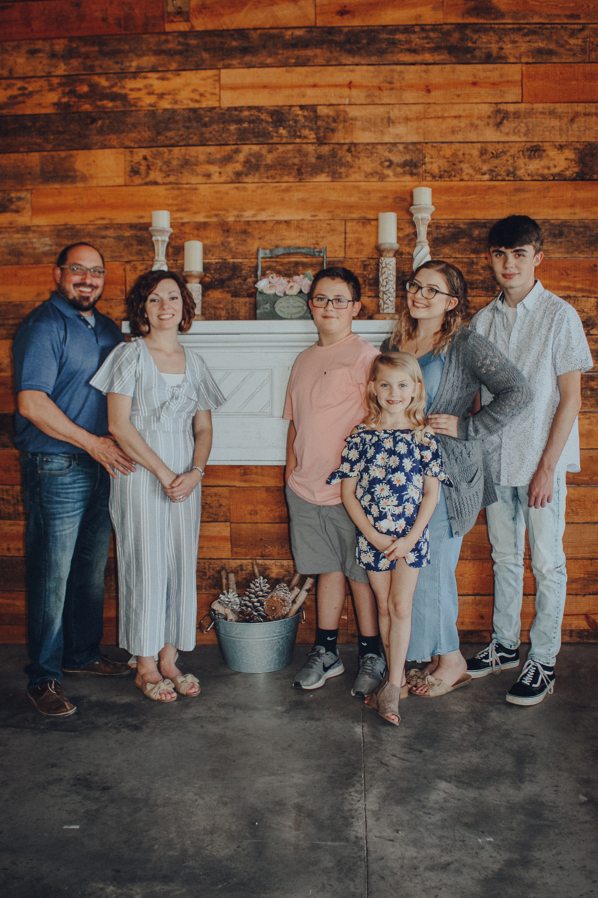 Kids Pastor - Josh & Amanda Singleton have been serving FAM Kids since 2011. The Singleton's are the proud parents of Laney, Ryan, Sam and Sofia.